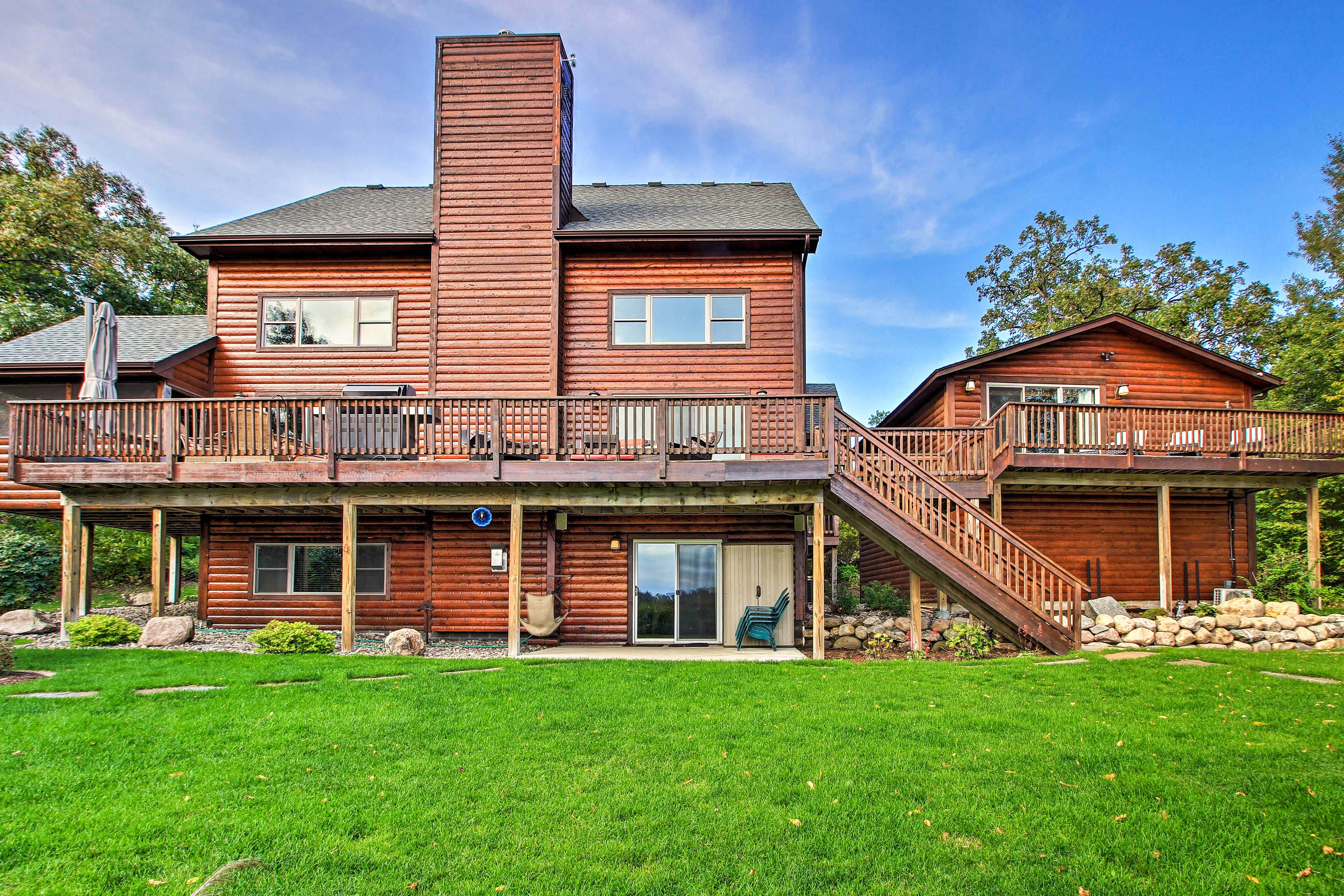 Spread out on the large lakefront property and enjoy the great outdoors.
