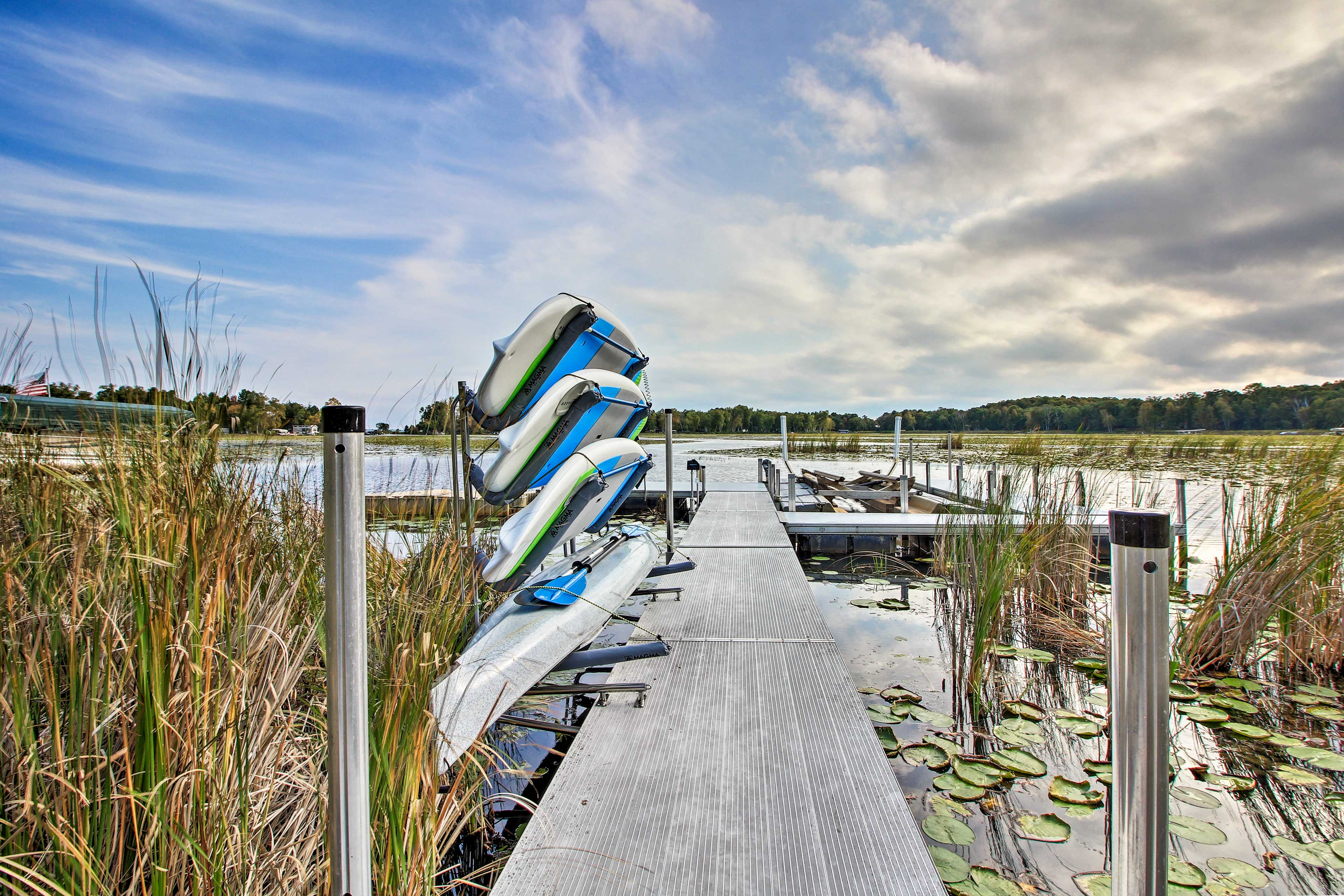 Head to the deck and start your lake adventure.