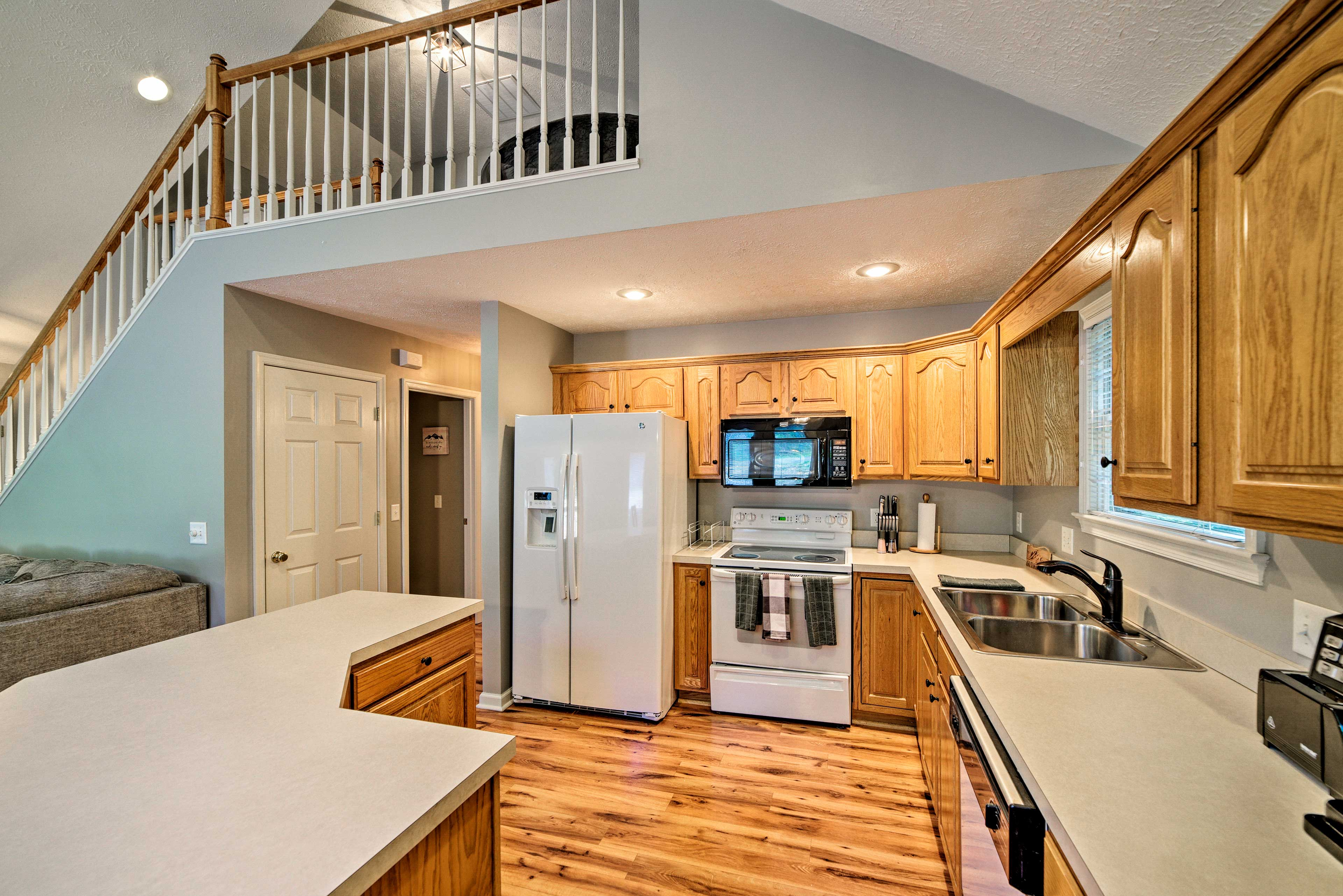 Prepare your family's favorite meals in the fully equipped kitchen.