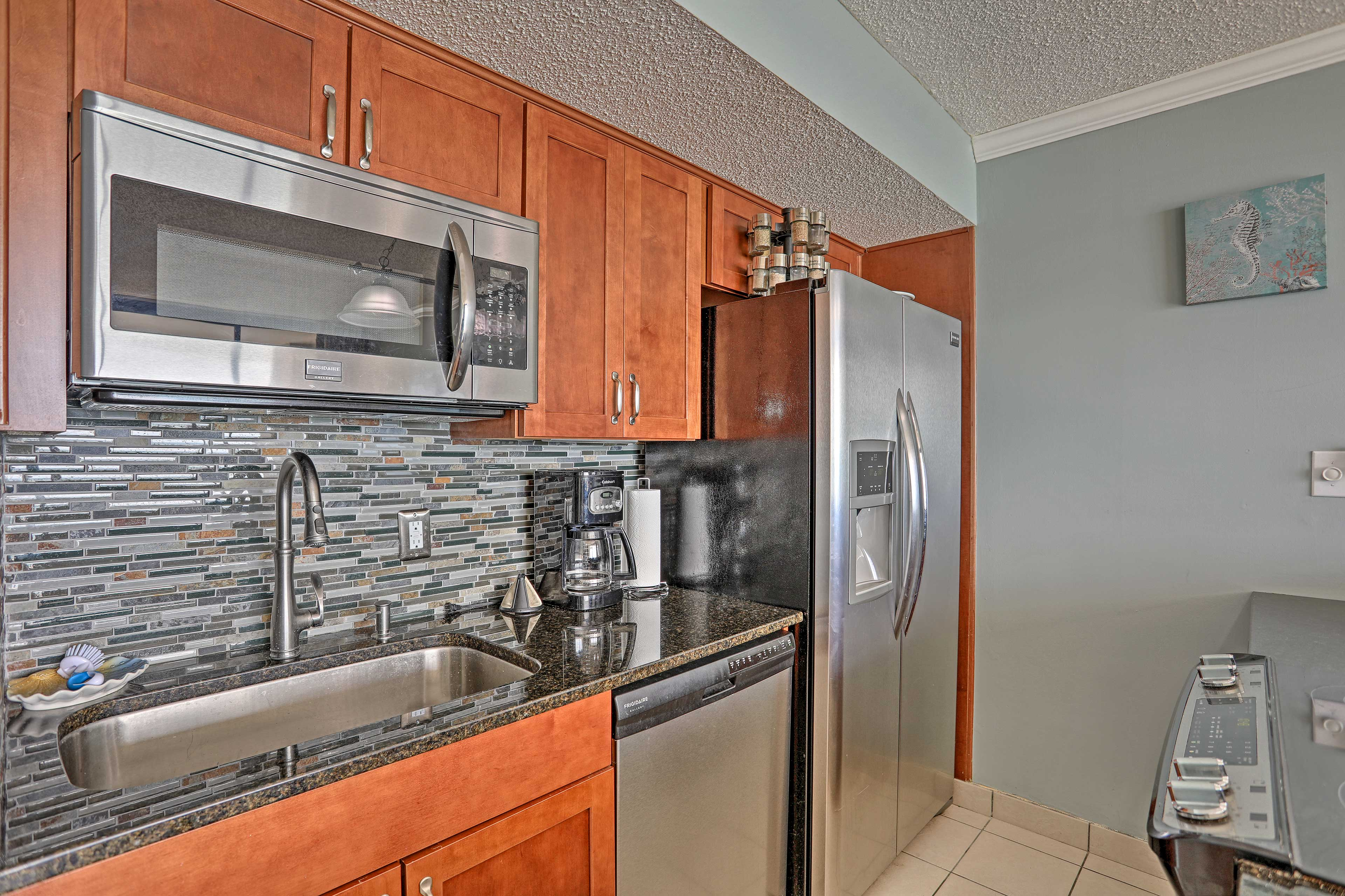 Cook up a meal in the fully equipped kitchen.