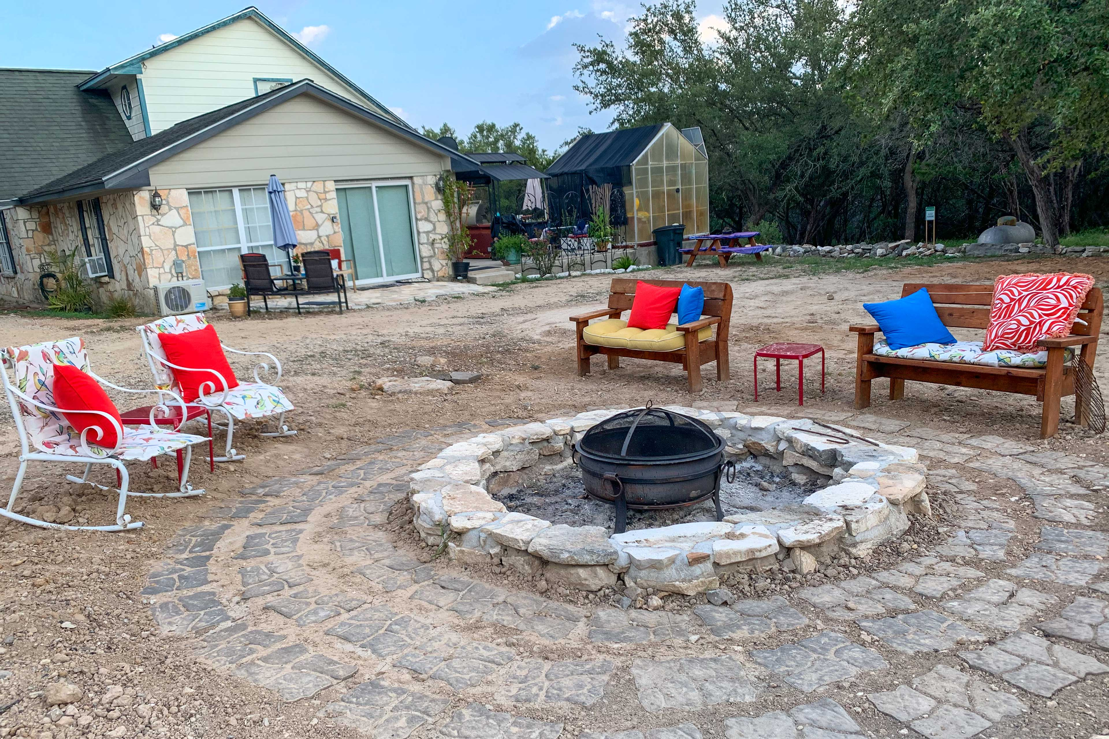 New Braunfels Vacation Rental   1BR   1BA   500 Sq Ft   No Steps Required