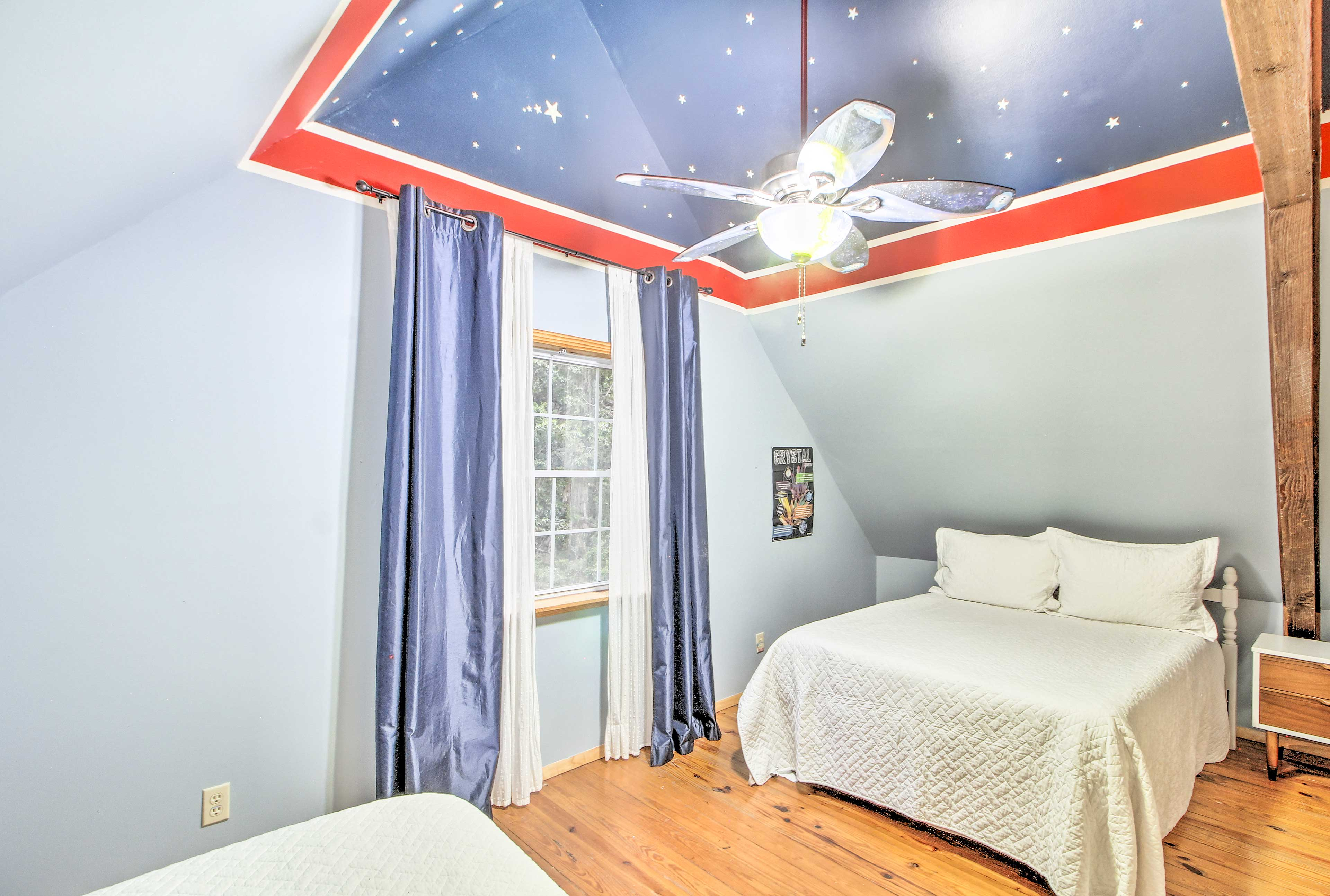 Dream of the stars when you fall asleep in this bedroom