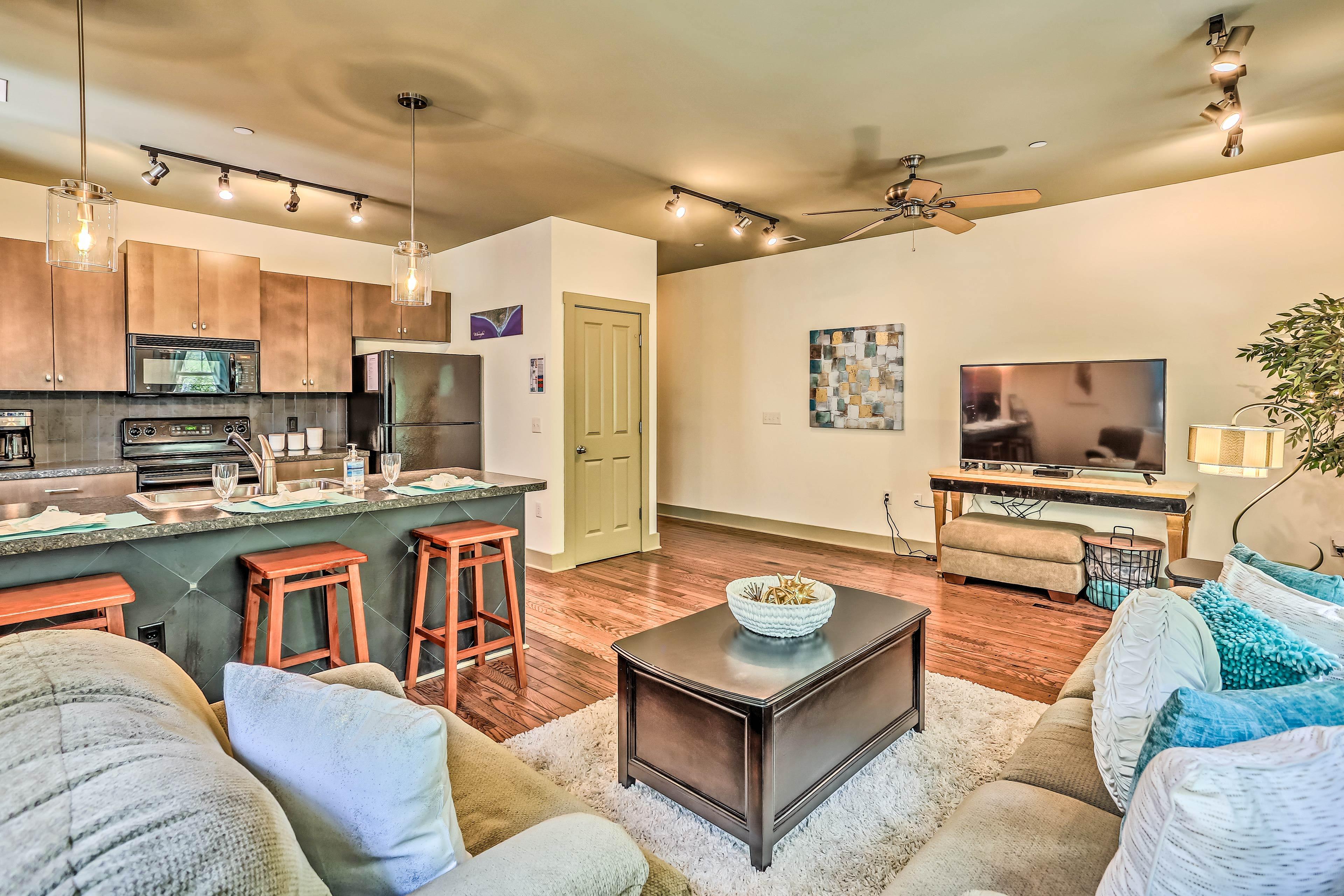 Enjoy modern comforts in this 2-bedroom, 2-bath Downtown Wilmington condo!