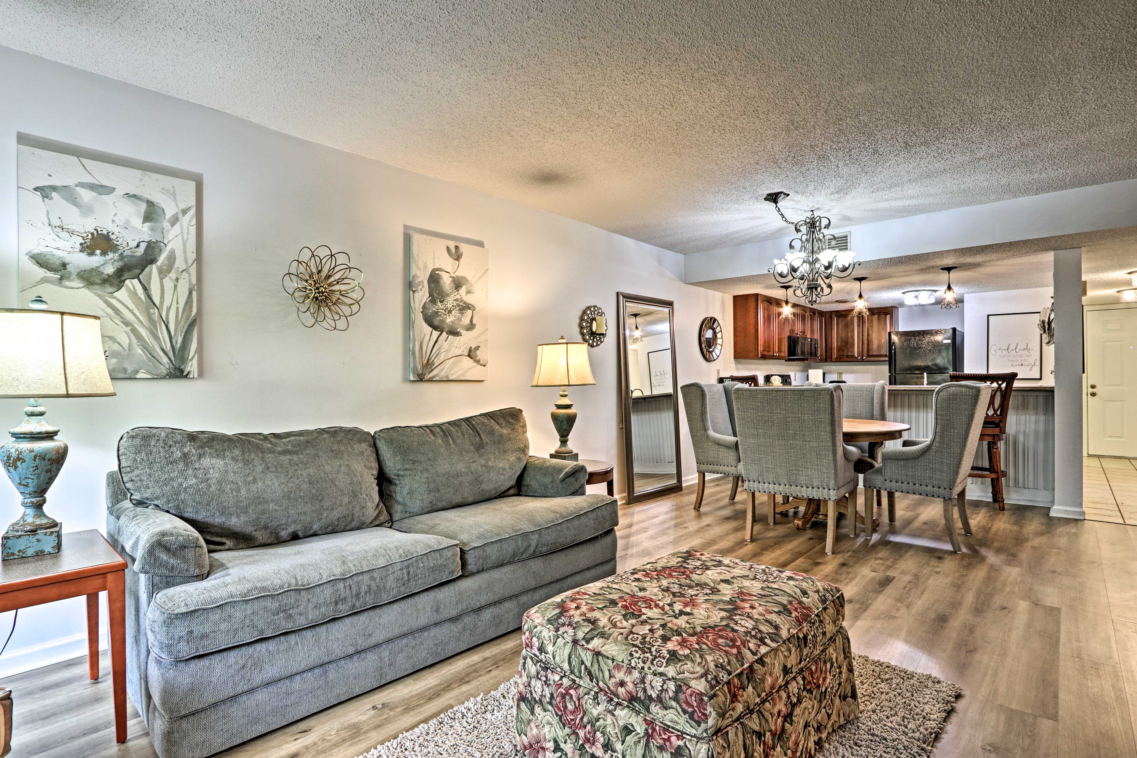 Living Area   Sleeper Sofa