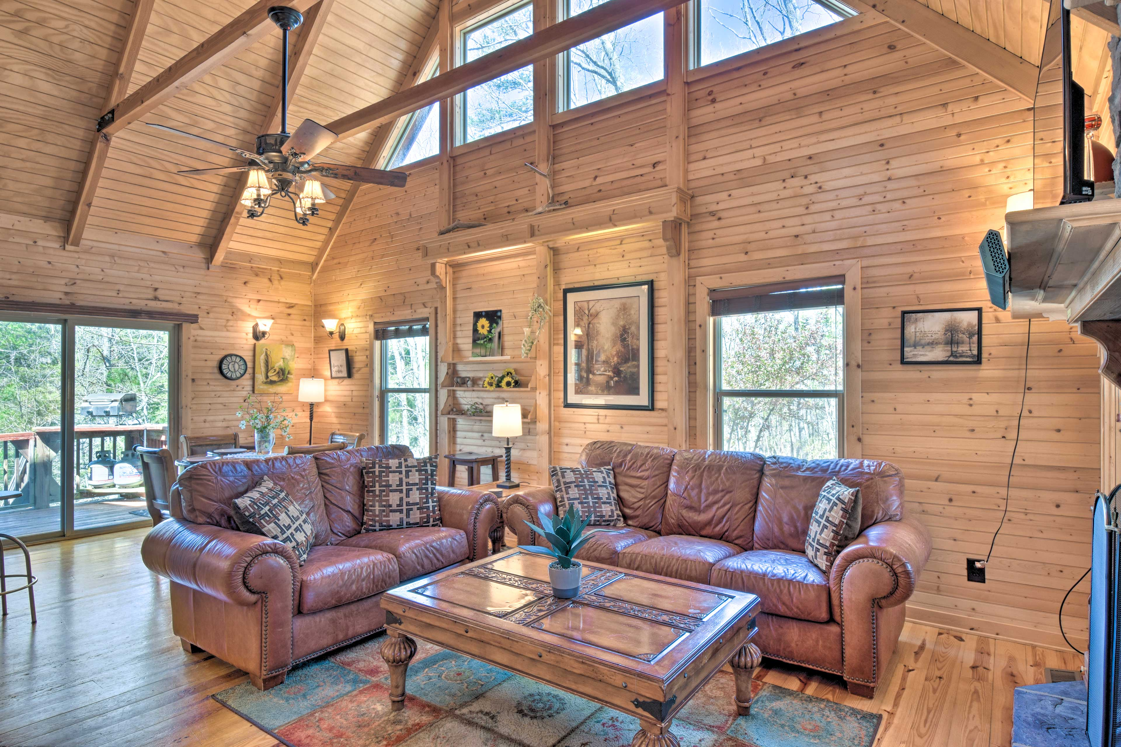 This Ranger vacation rental offers accommodations for up to 8 travelers.