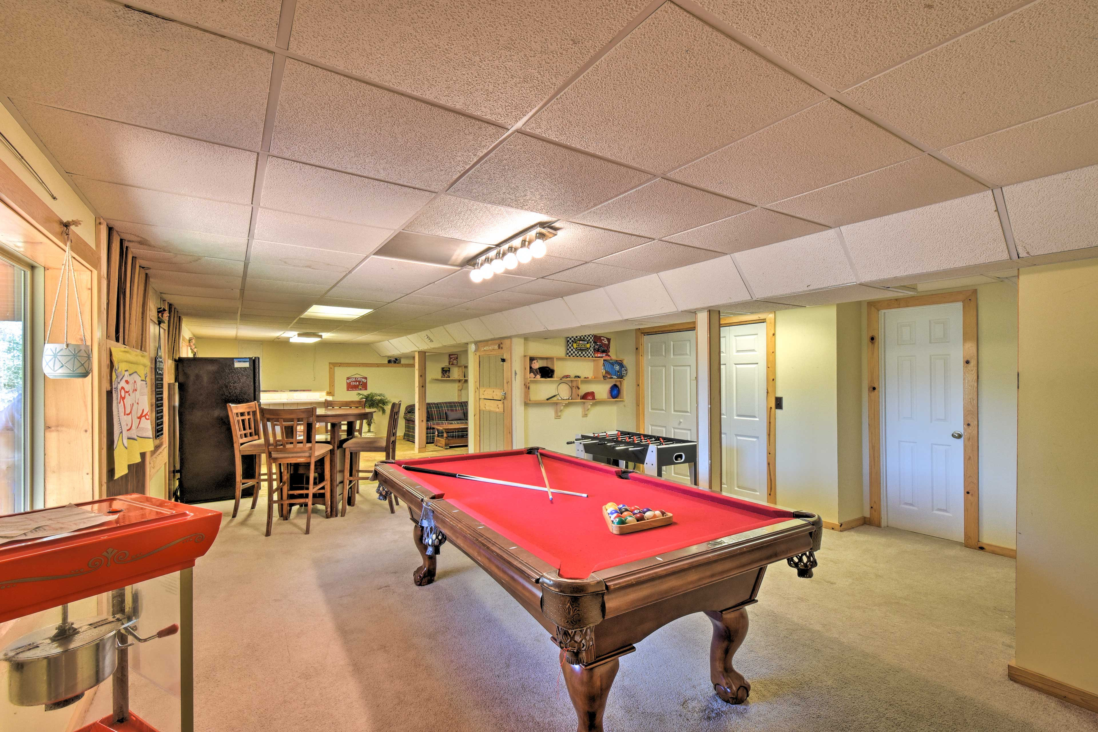 With darts, a pool table, and ample board games, you'll never be bored!