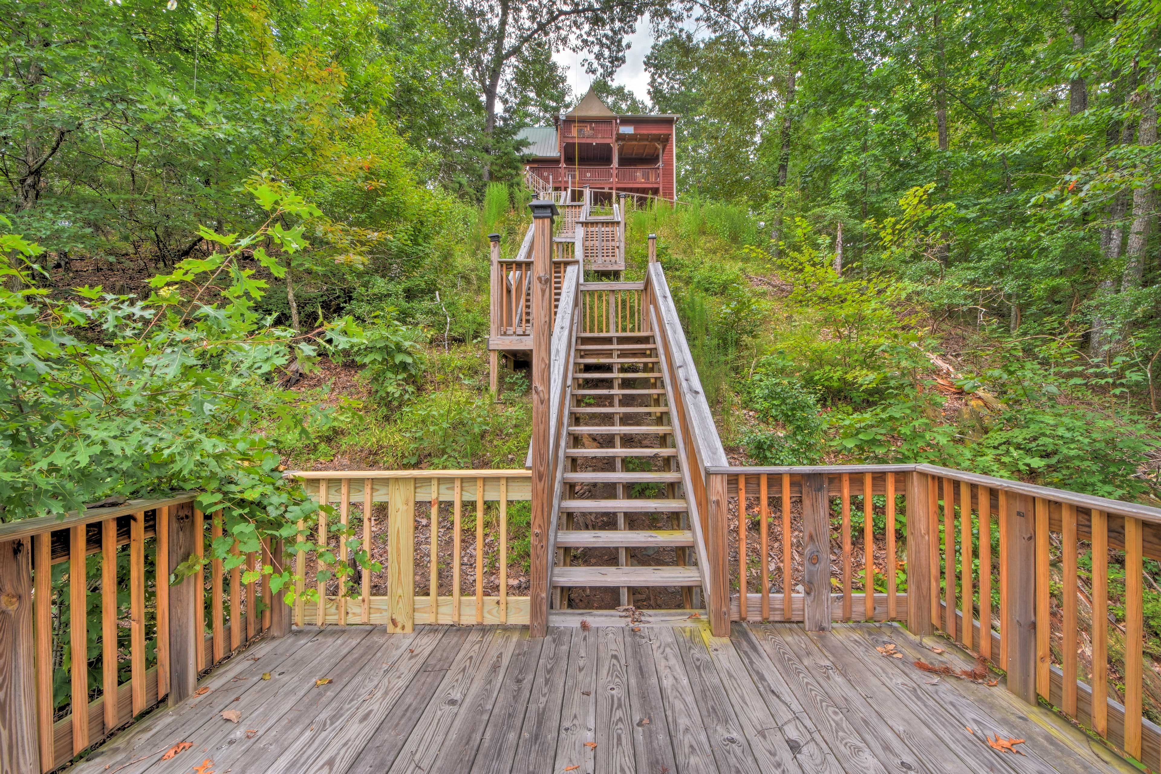 A walk down to the deck brings you into the thick of lush forest views.