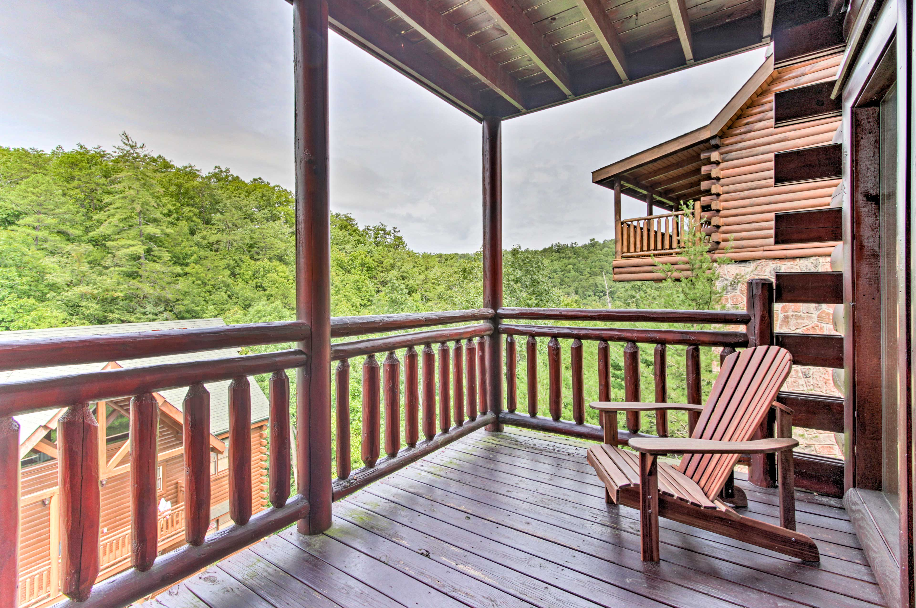 Gaze out into the nature and soak in all that Sevierville has to offer.
