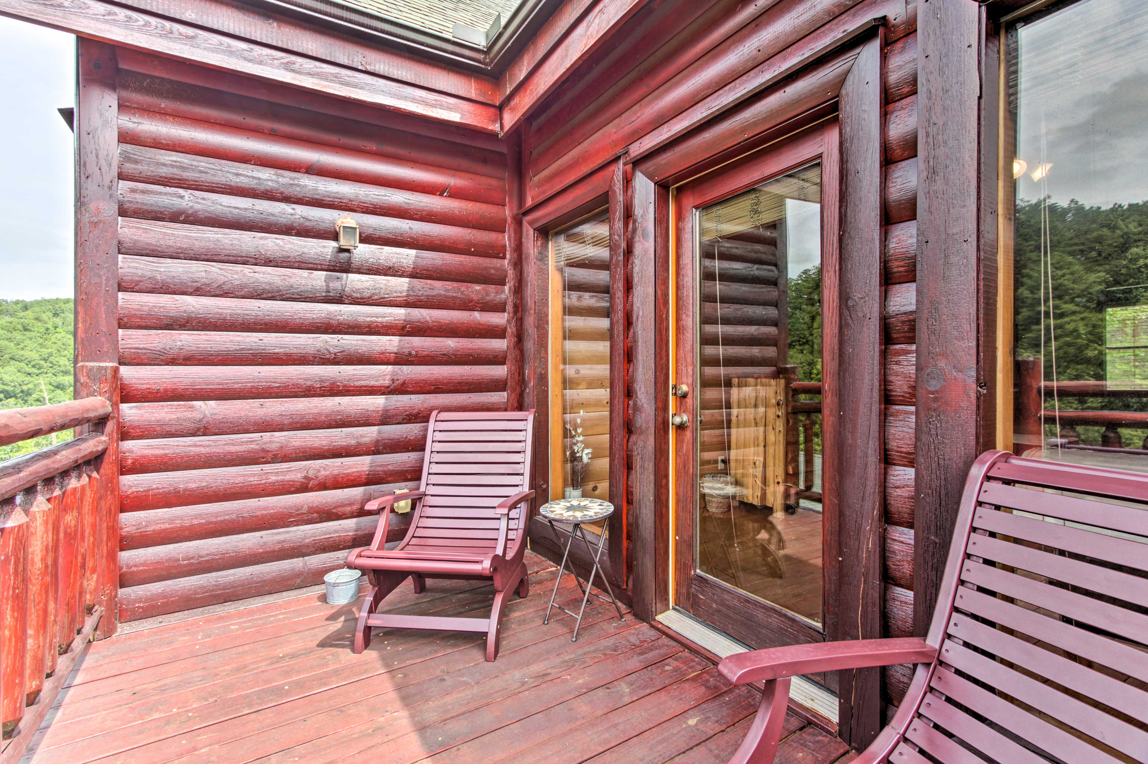 What more do you need a this cabin? You have everything here.