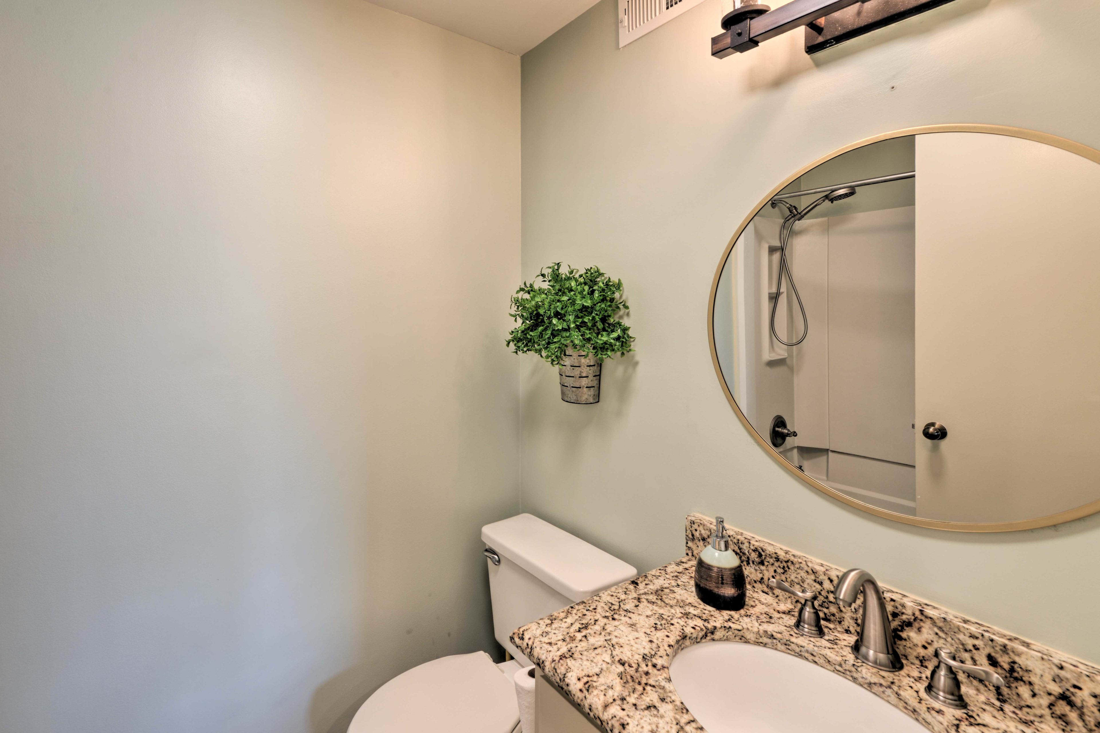 Rinse away the day in this full en-suite bathroom.