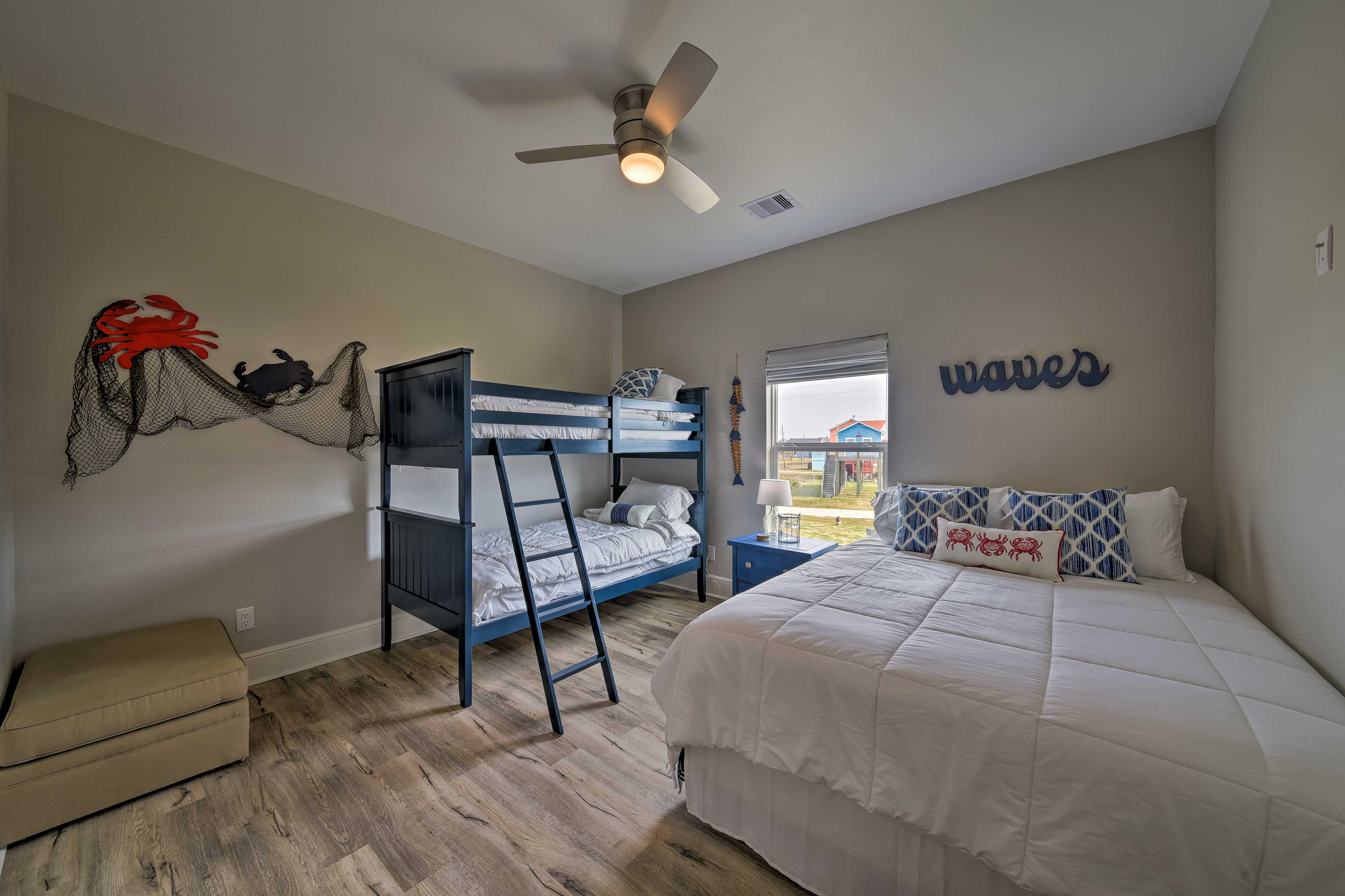 Bedroom 2 | Twin Bunk Bed, Queen Bed