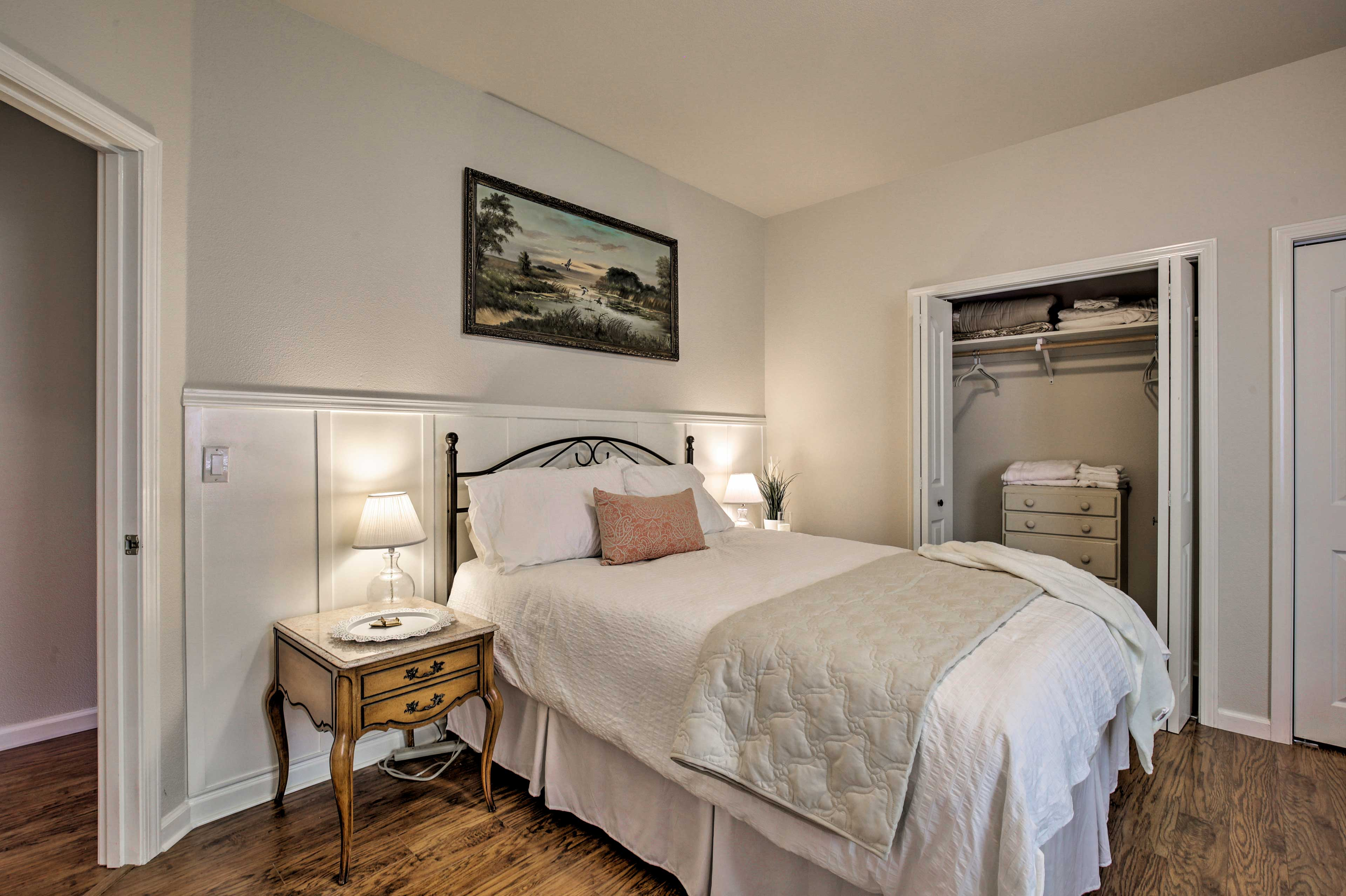 Bedroom 3 | Queen Bed | Twin Bed