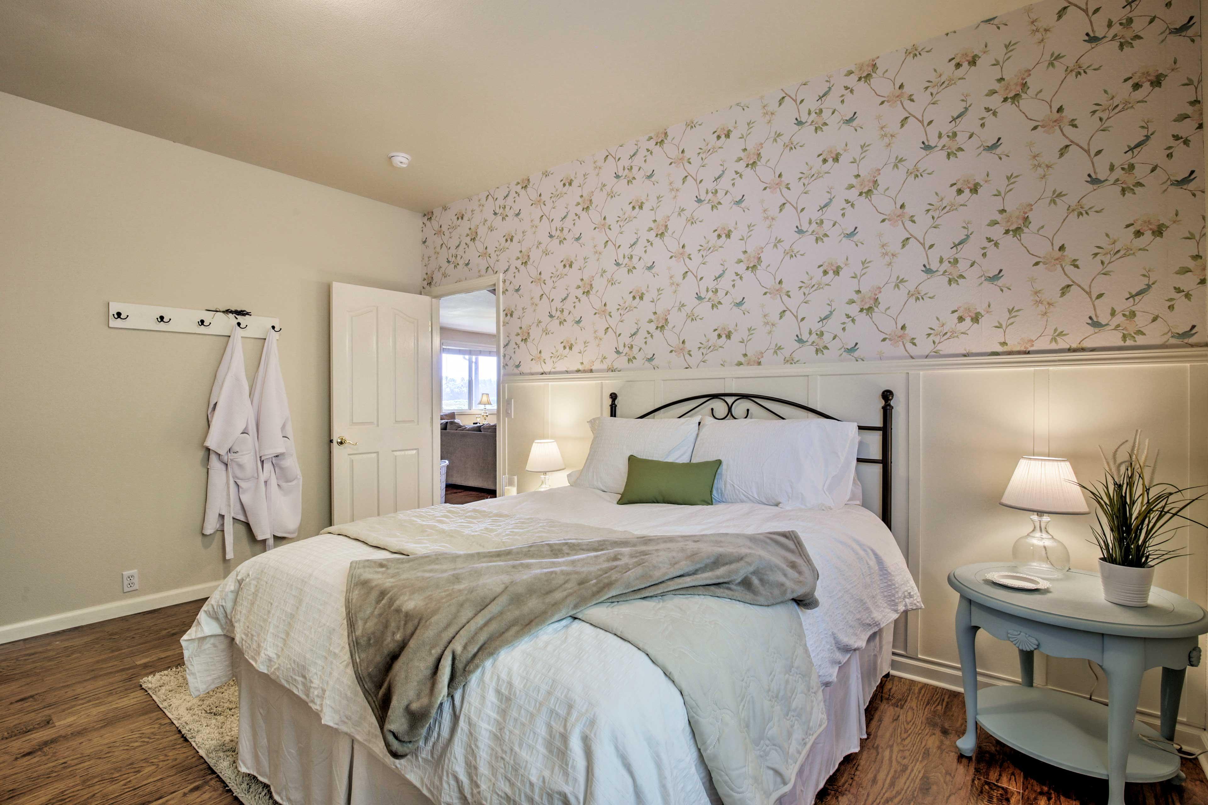 Bedroom 4 | Queen Bed | Linens Provided