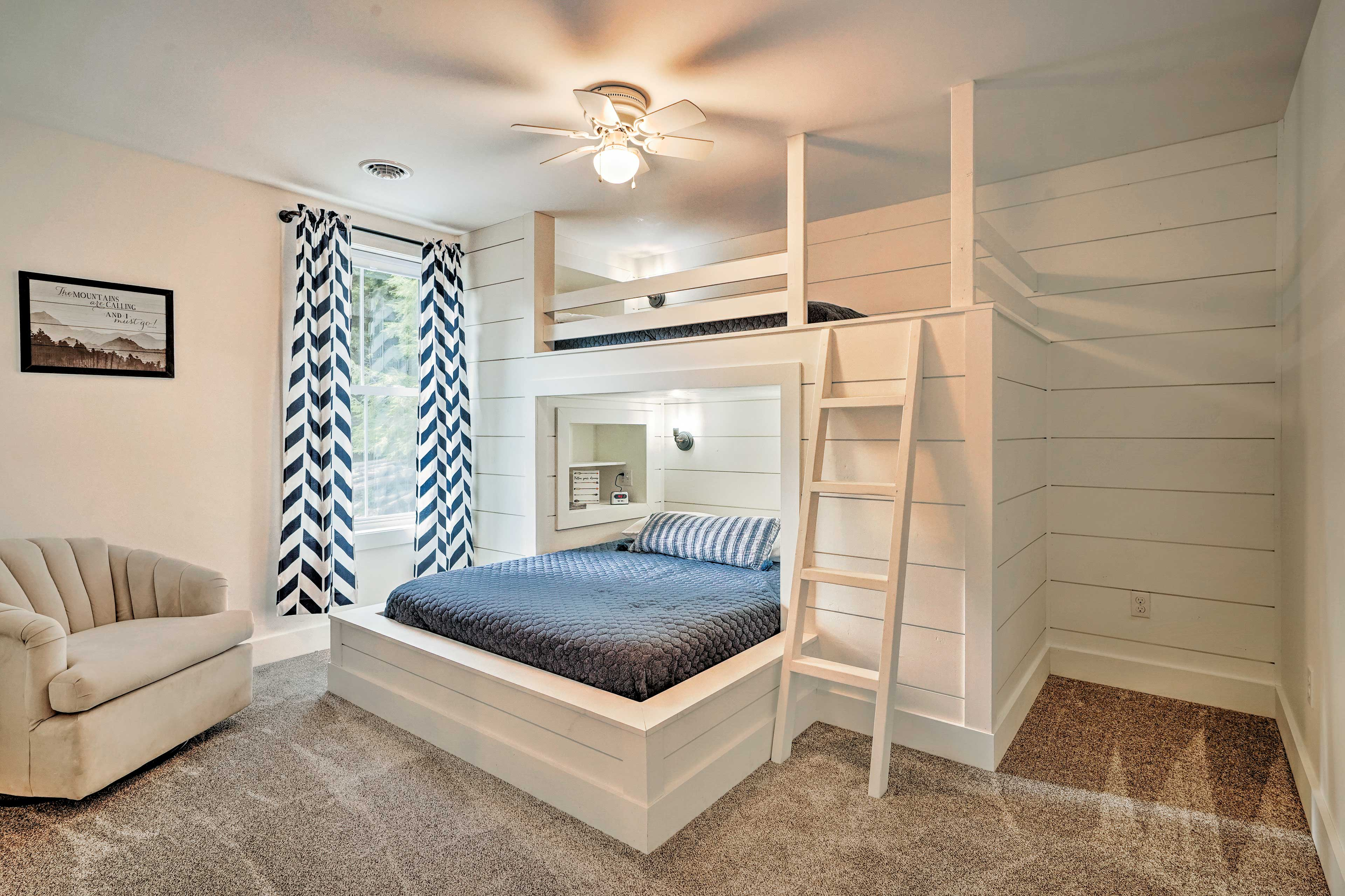 The fourth bedroom also offers a queen and twin-sized bed.