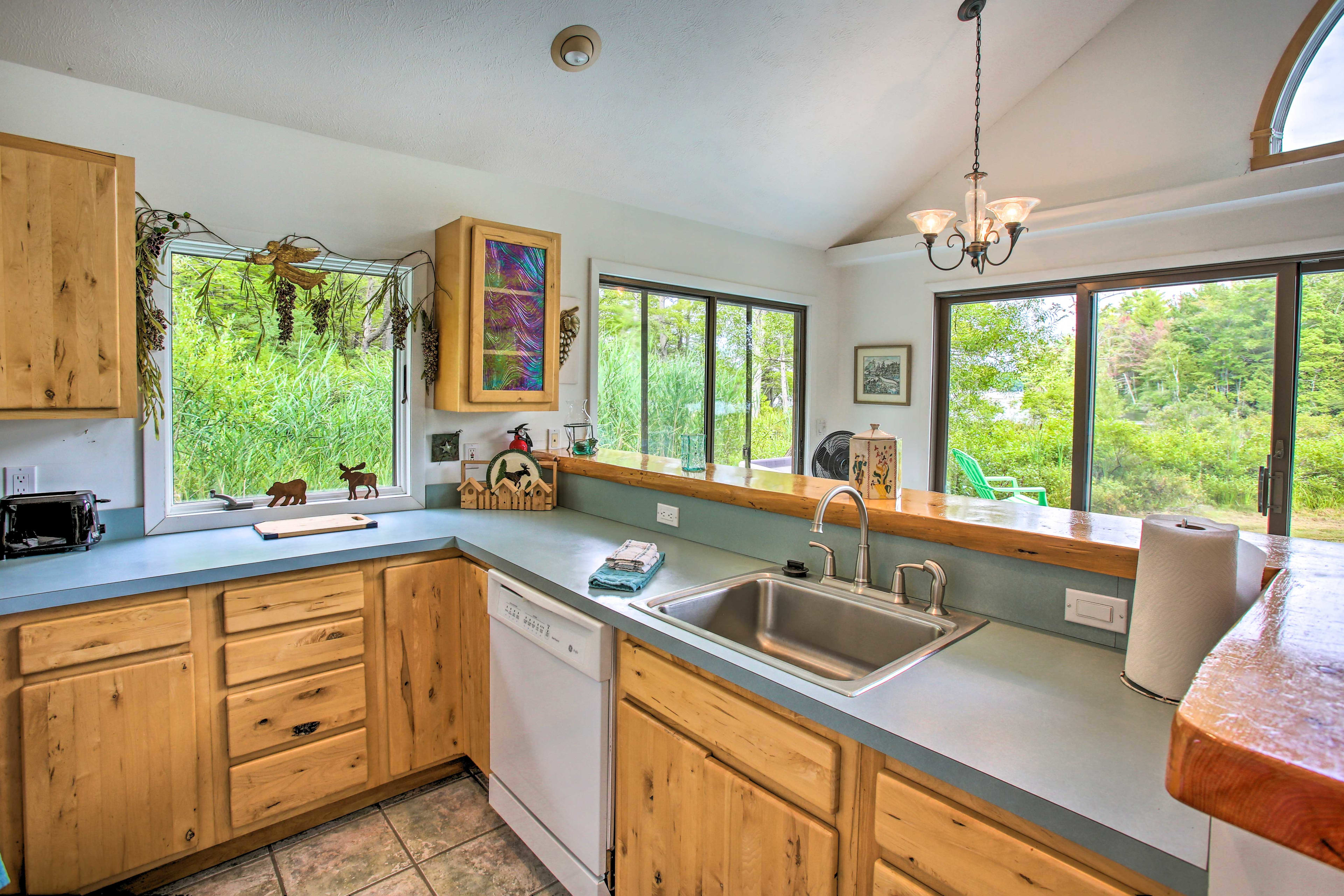 Ample counter space makes meal prep a breeze!