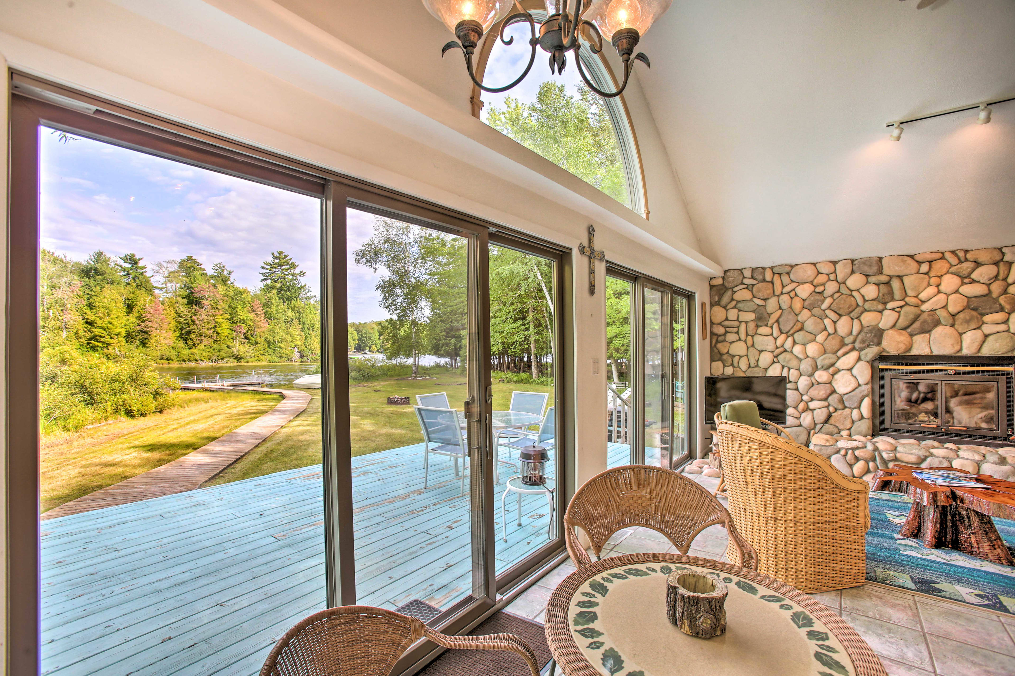 Dine in style while looking out over the lake!