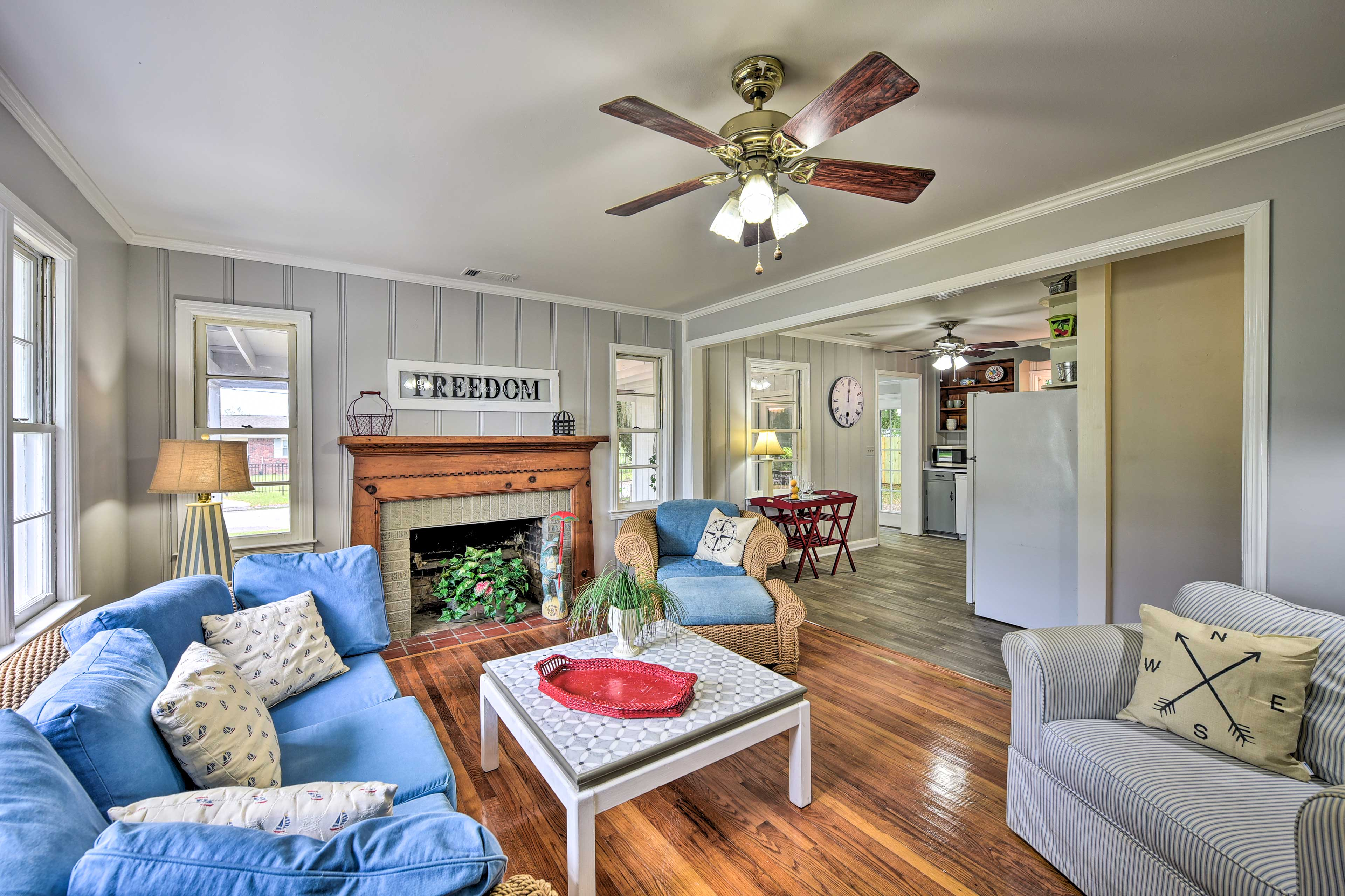 Come relax in this cozy living room before your Beaufort adventure!
