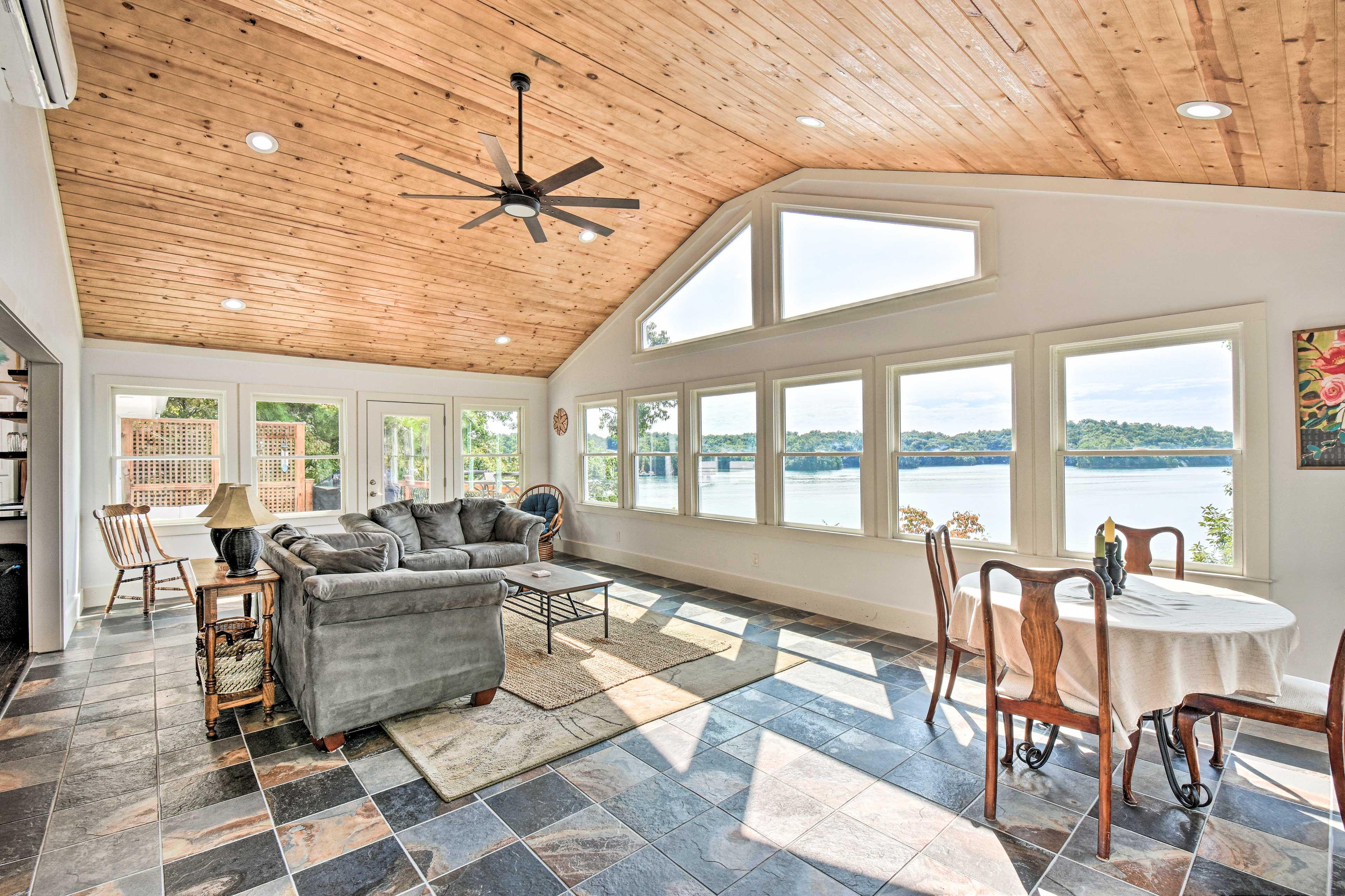 Property Interior | Lake Views