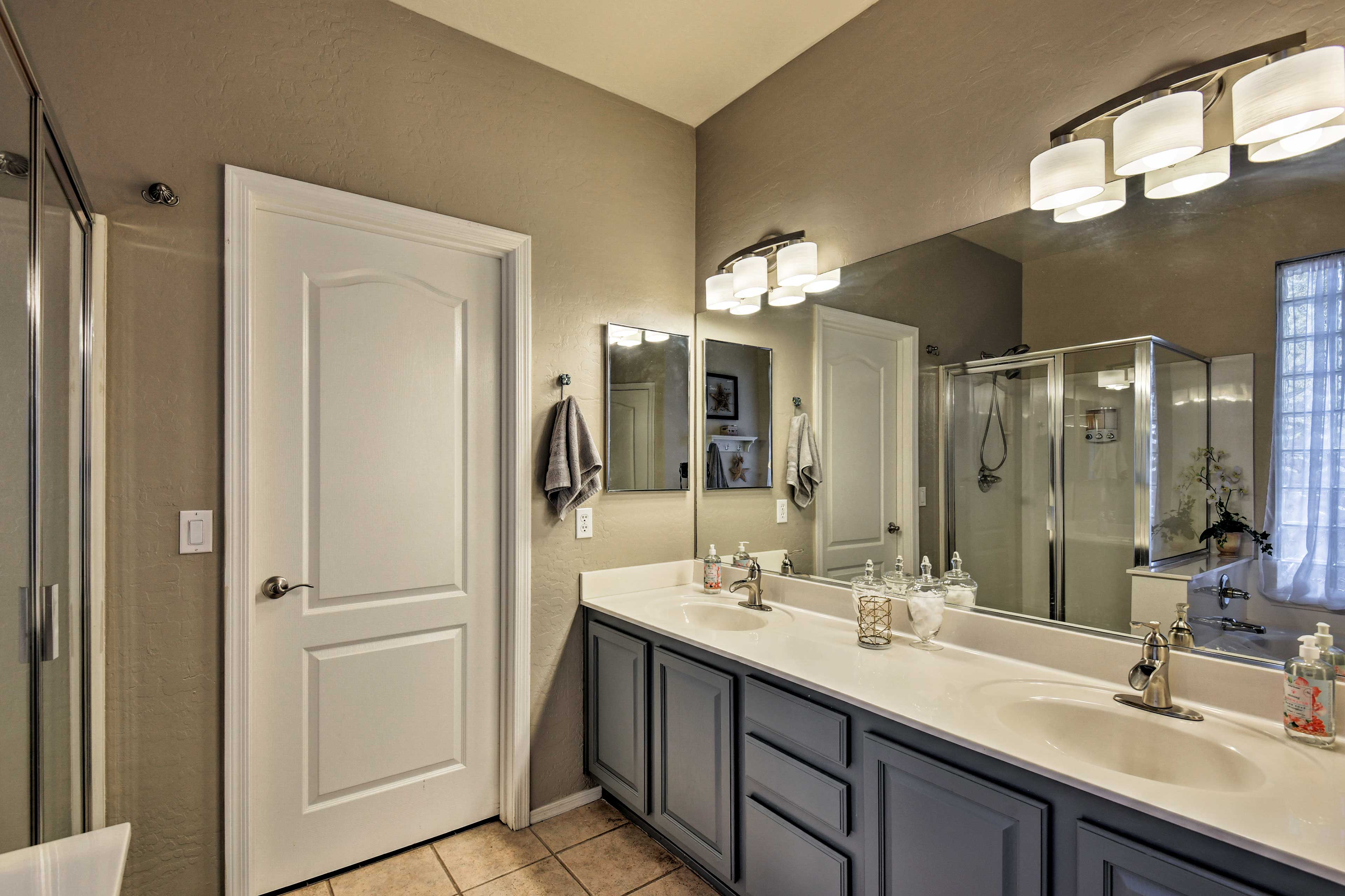 Dual sinks make it easy to get ready at the same time as your companion.