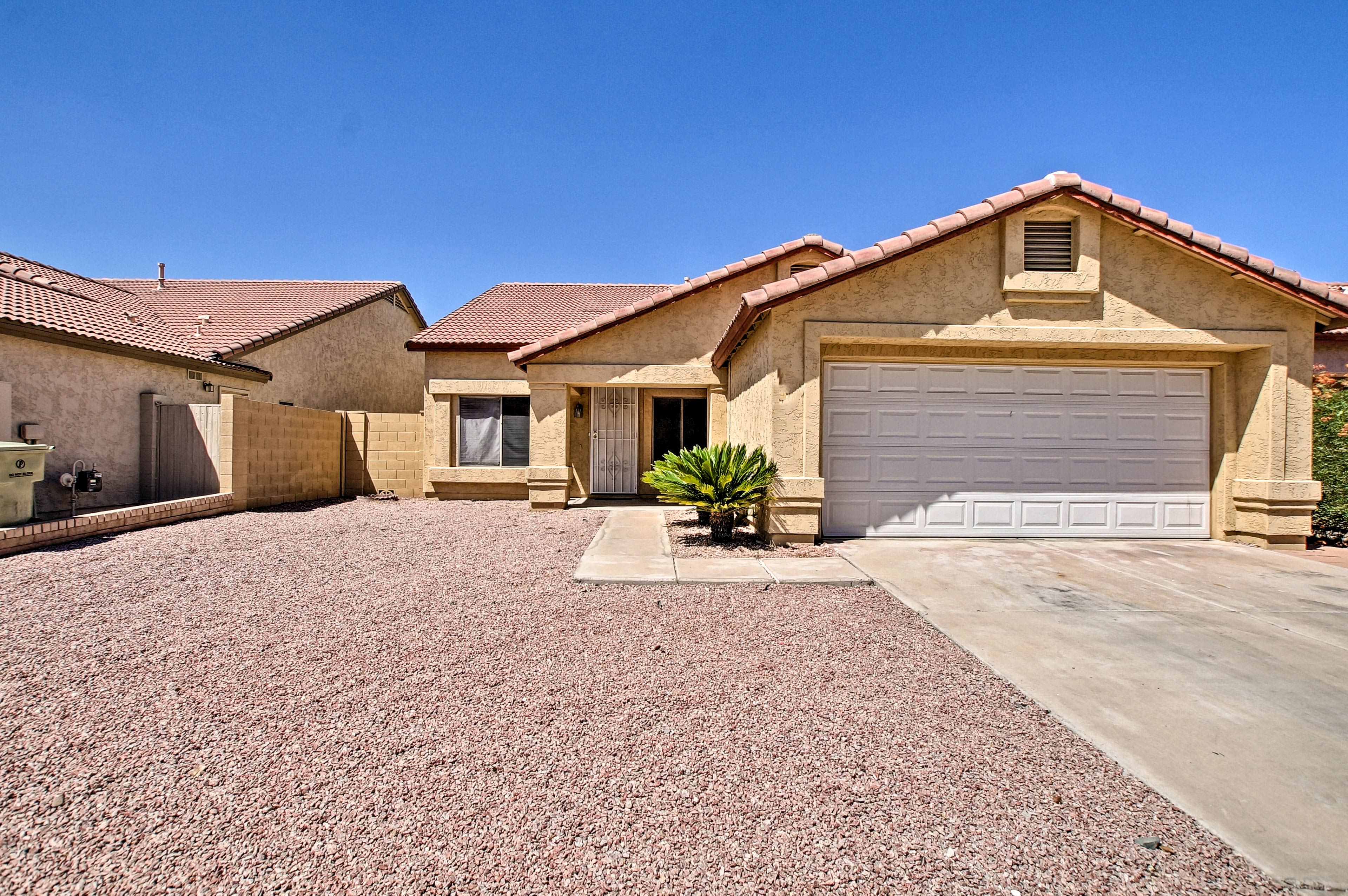 You'll love your time spent at this North Glendale home base!