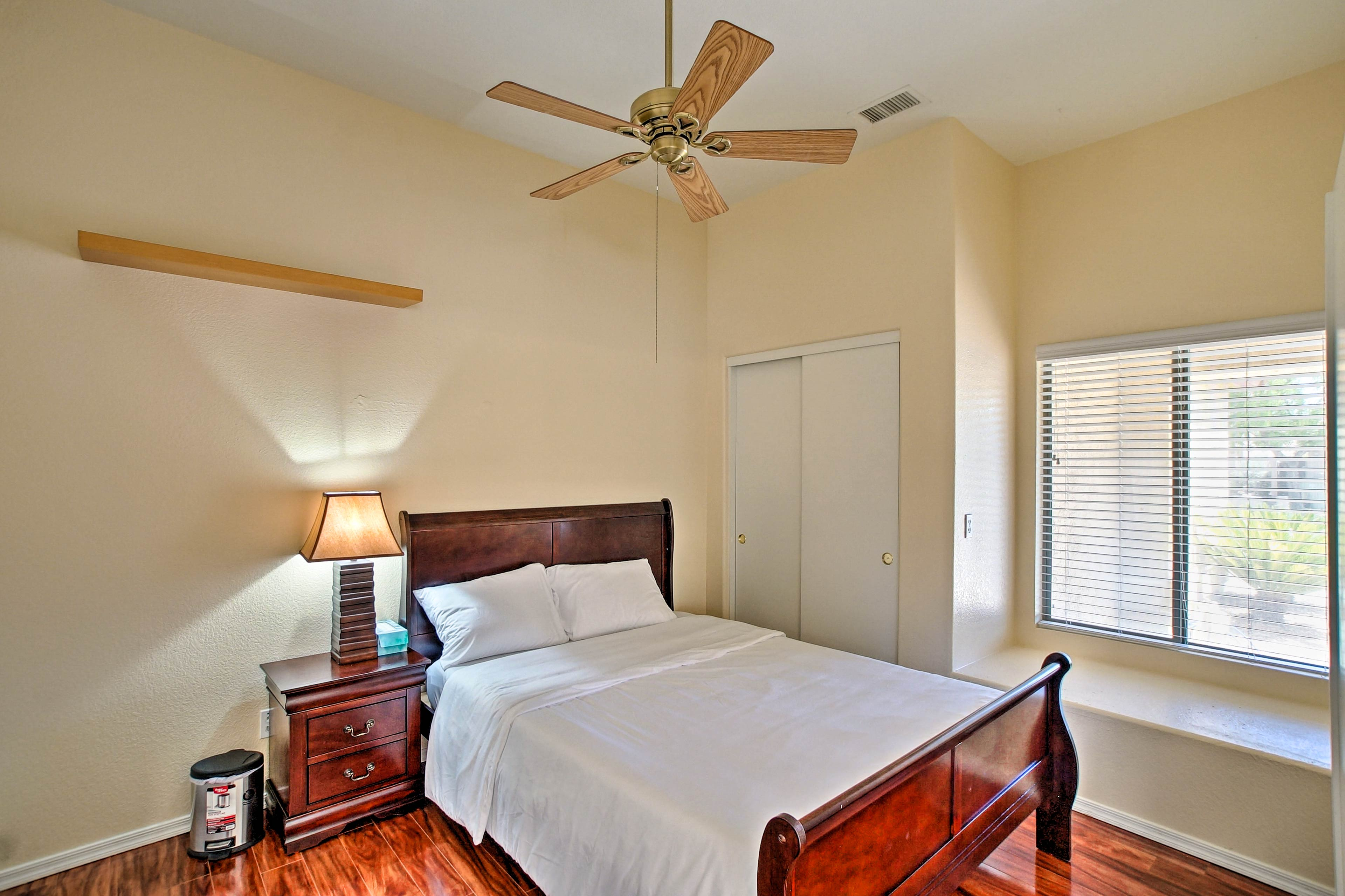 The third bedroom has a queen-sized bed for 2 as well.