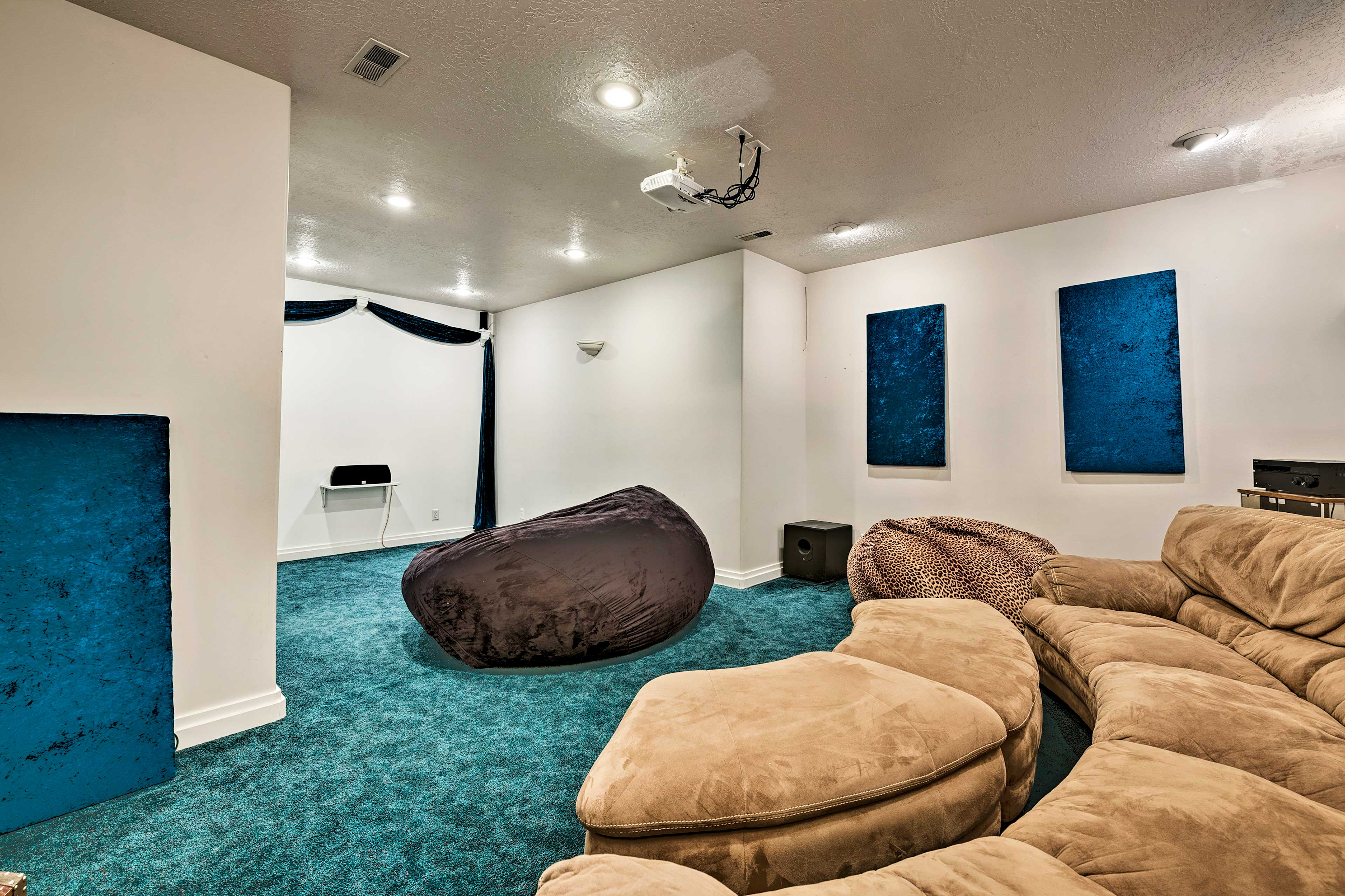 The bonus room is complete with a large couch and a variety of games!