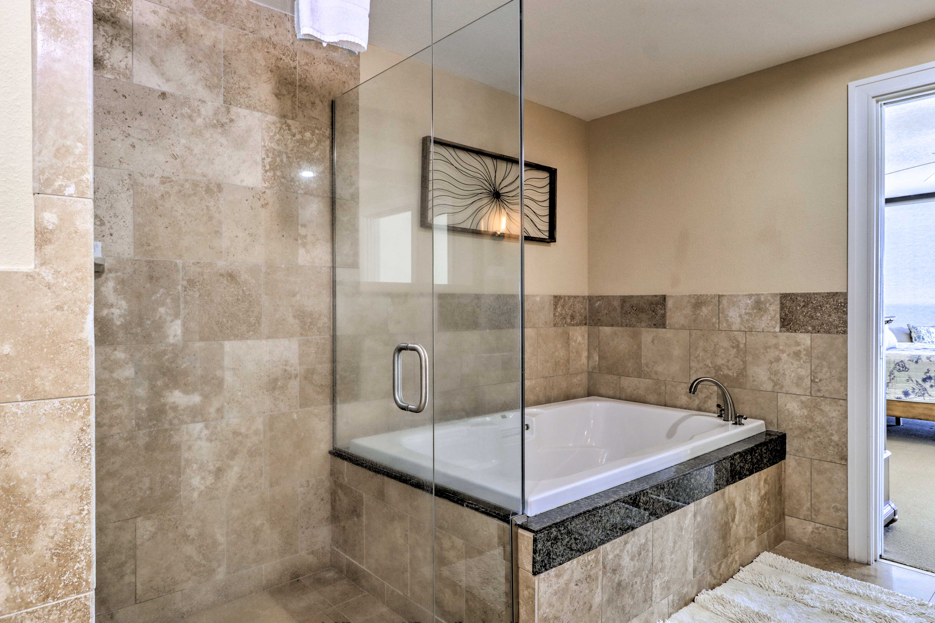 Choose between a shower and a bath in the en-suite bathroom.