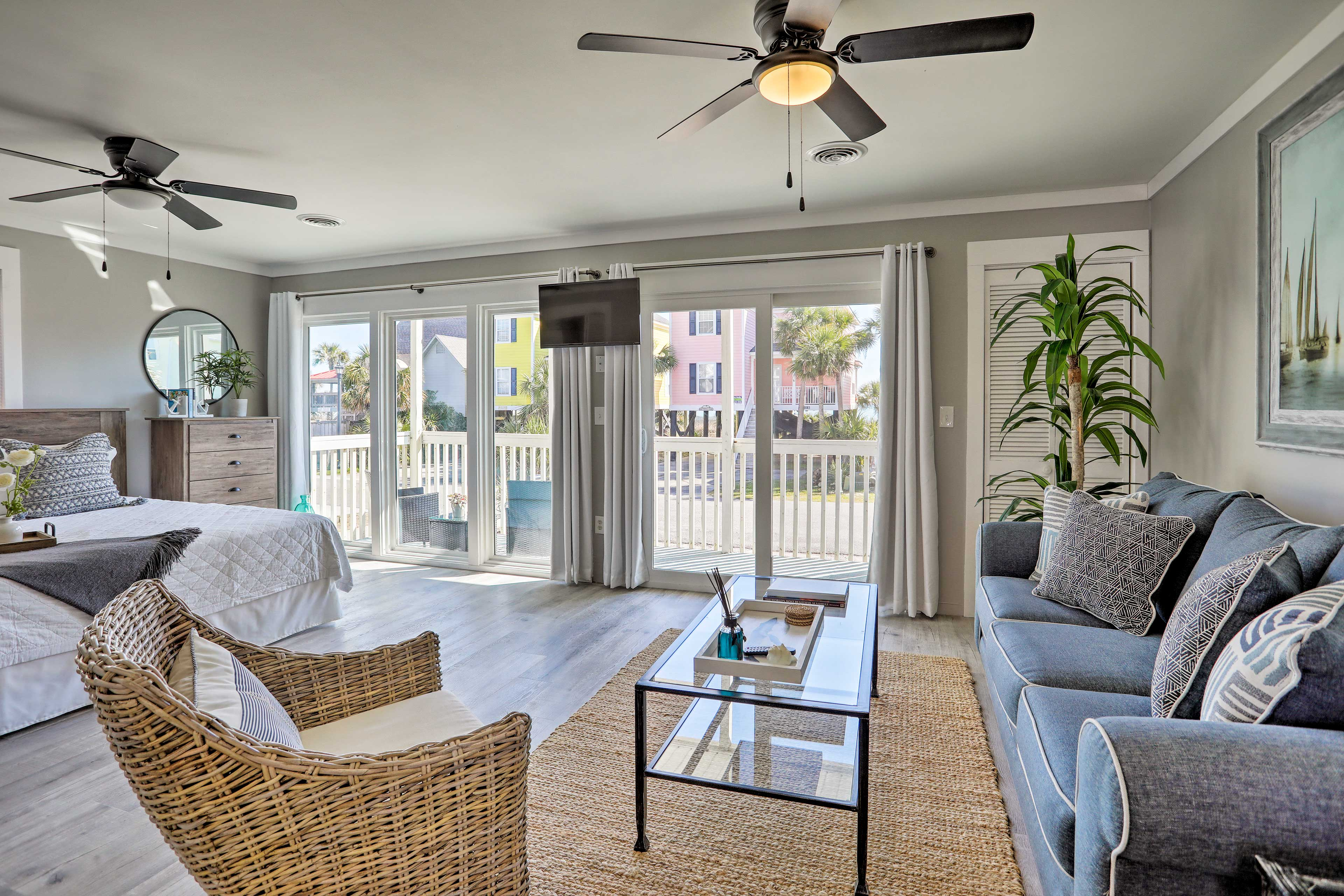 Make your way to Surfside Beach and stay at this studio condo!
