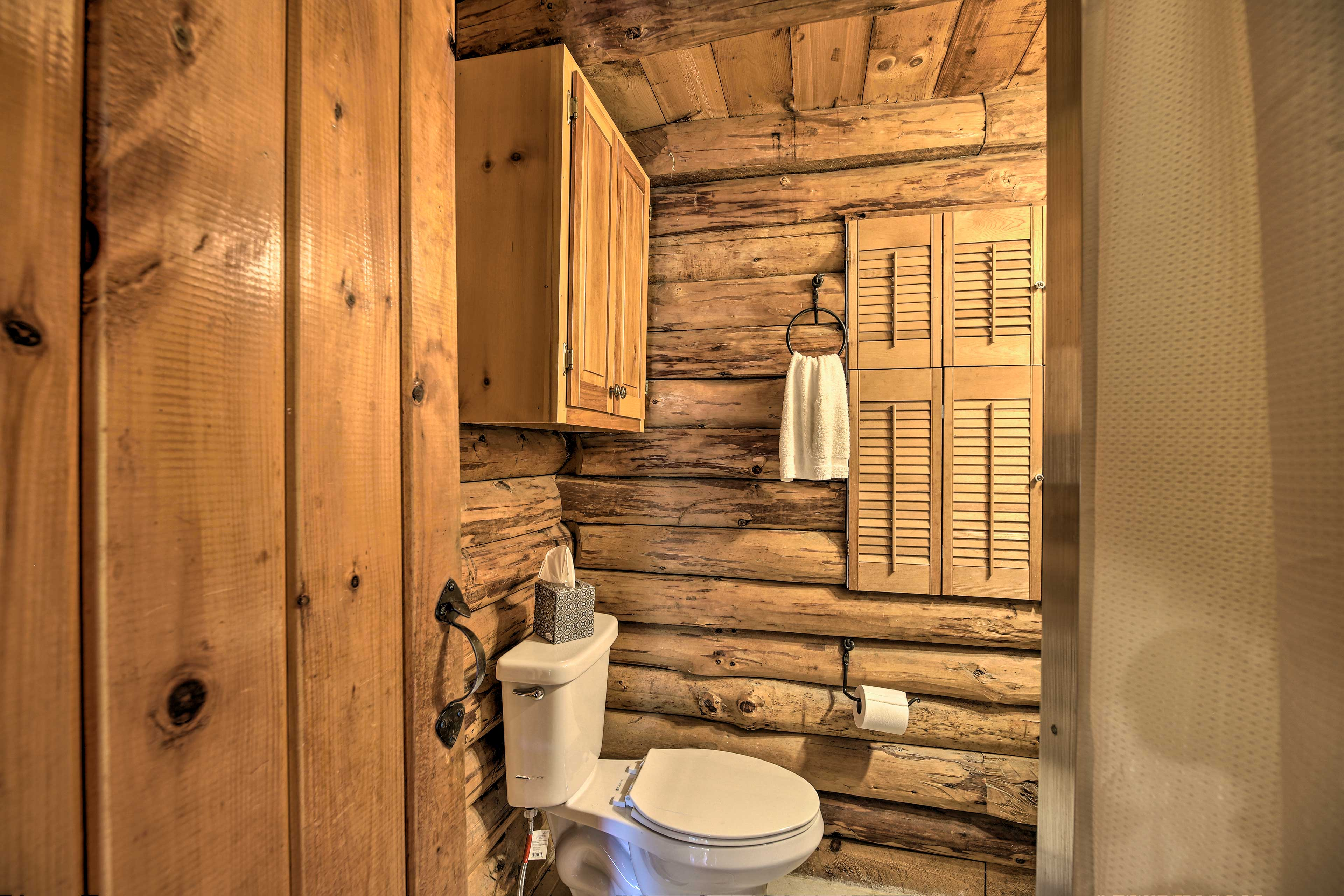 There are 3 full bathrooms in this home.