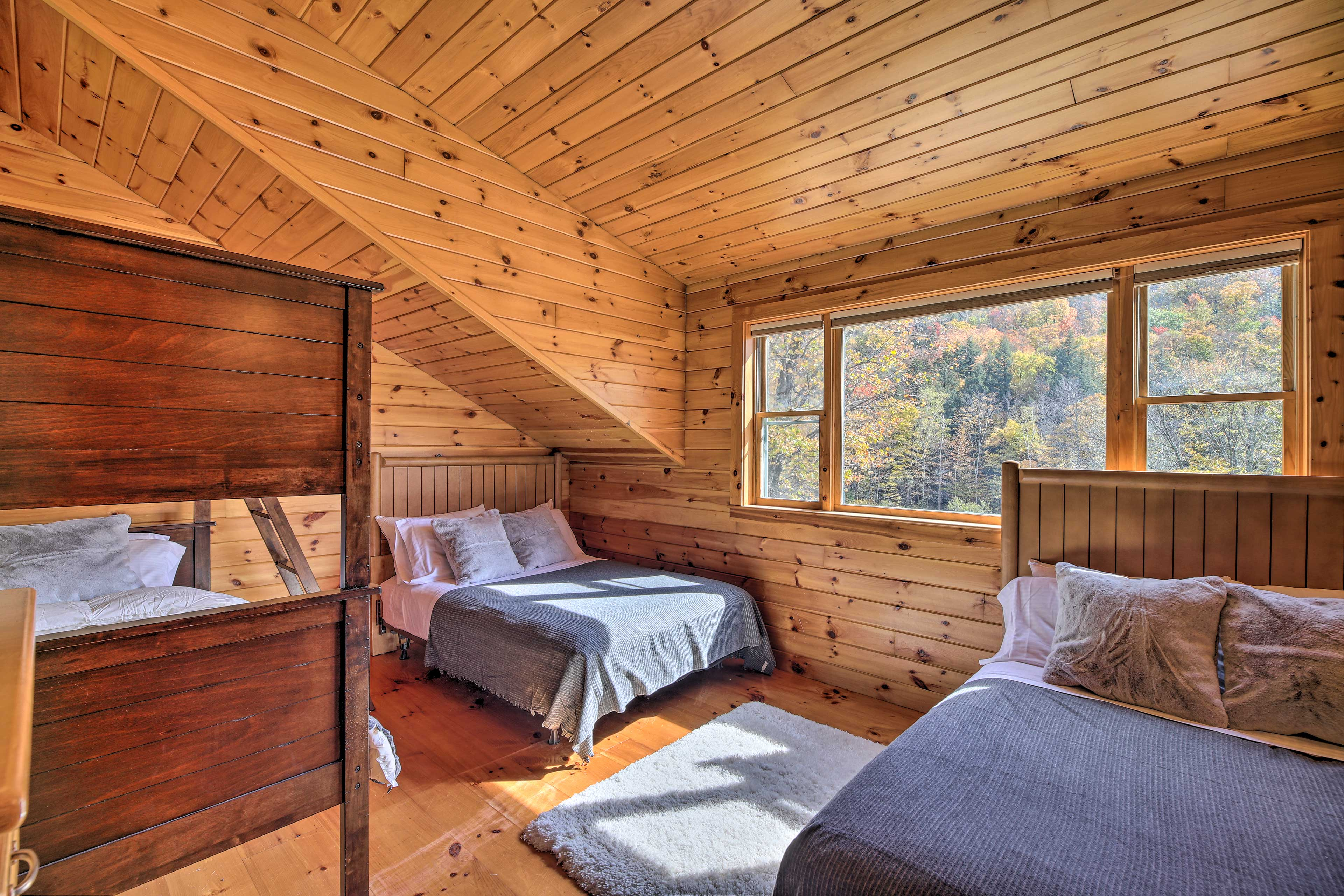 This room is accessible through the bedroom with 2 twin beds.