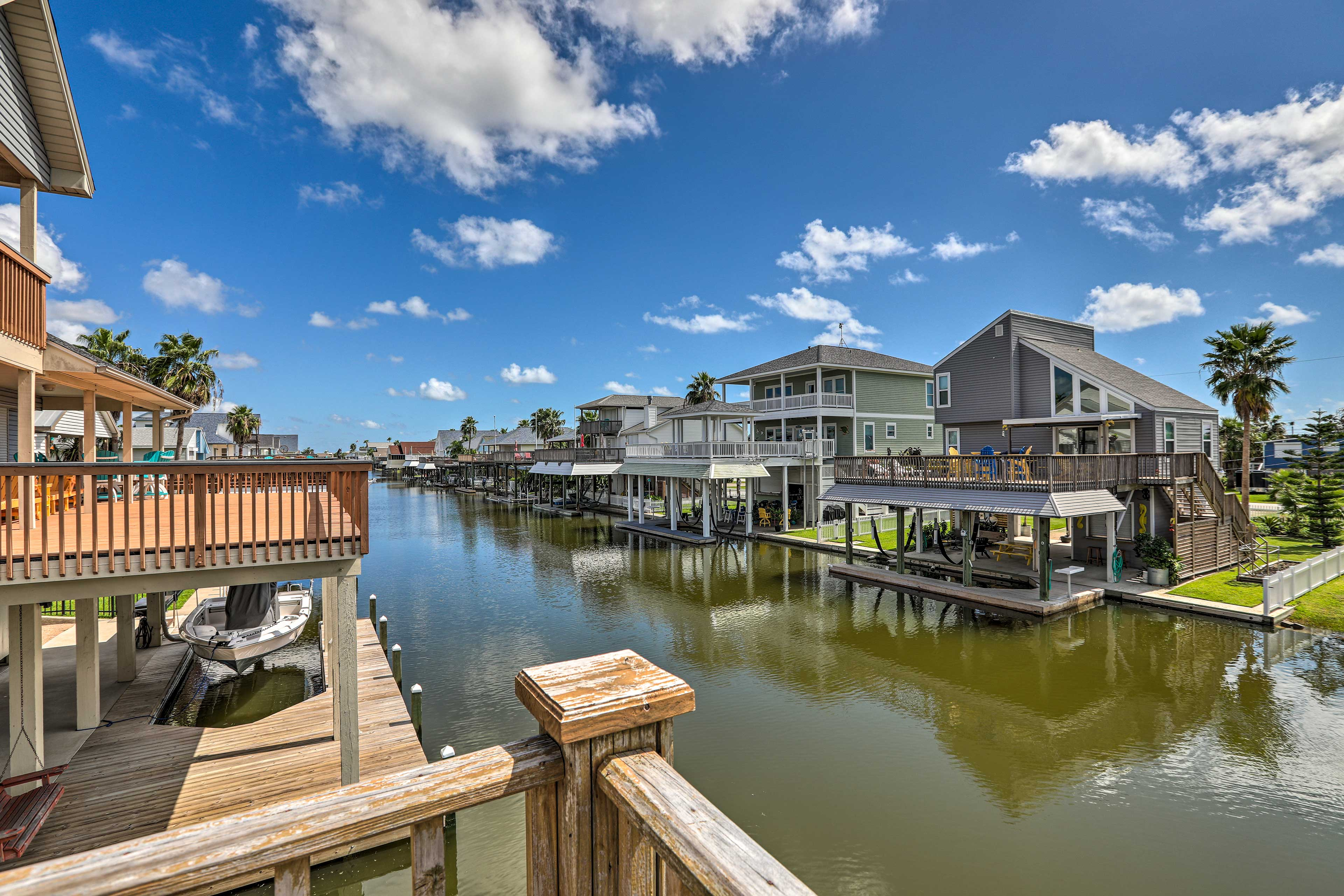 Experience all Galveston has to offer from this peaceful waterfront home for 7!