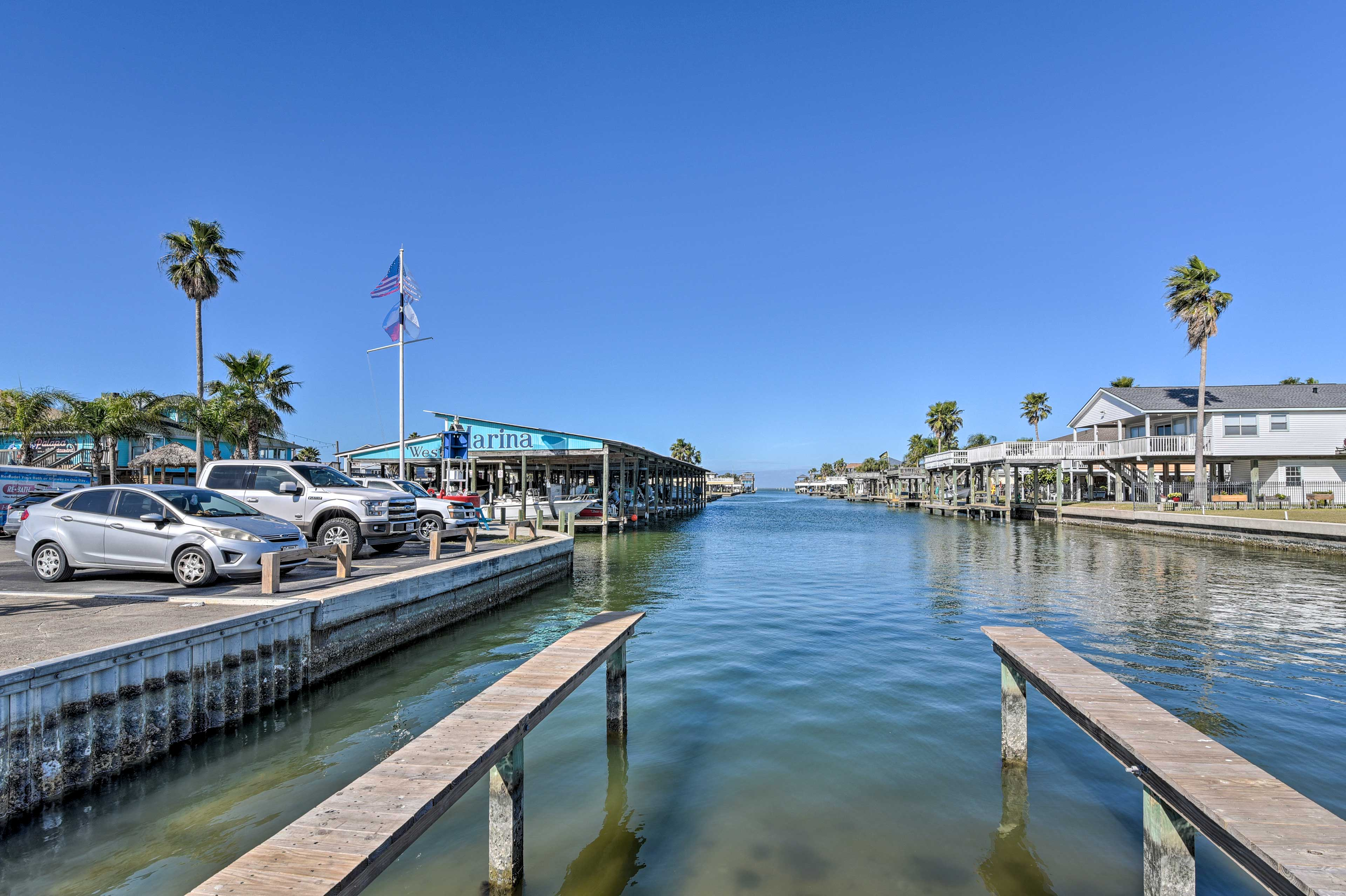 Community Marina & Boat Launch (Additional On-Site Fee May Apply)