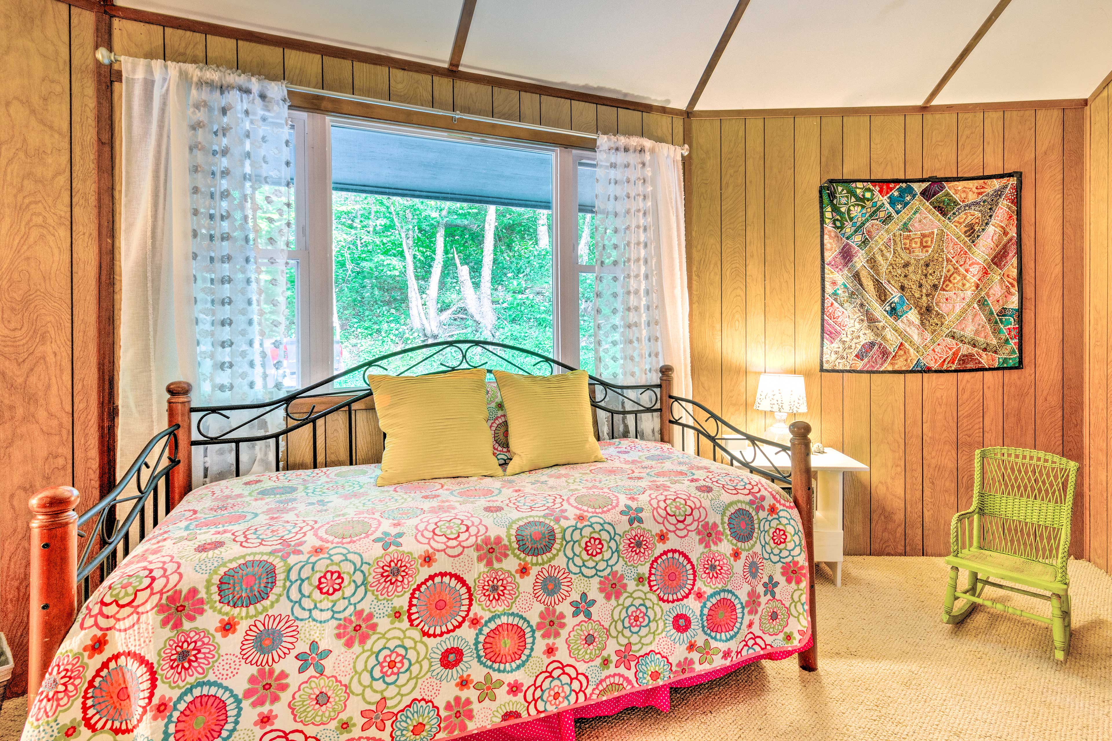 Fall right to sleep on the daybed, or the twin trundle bed underneath.