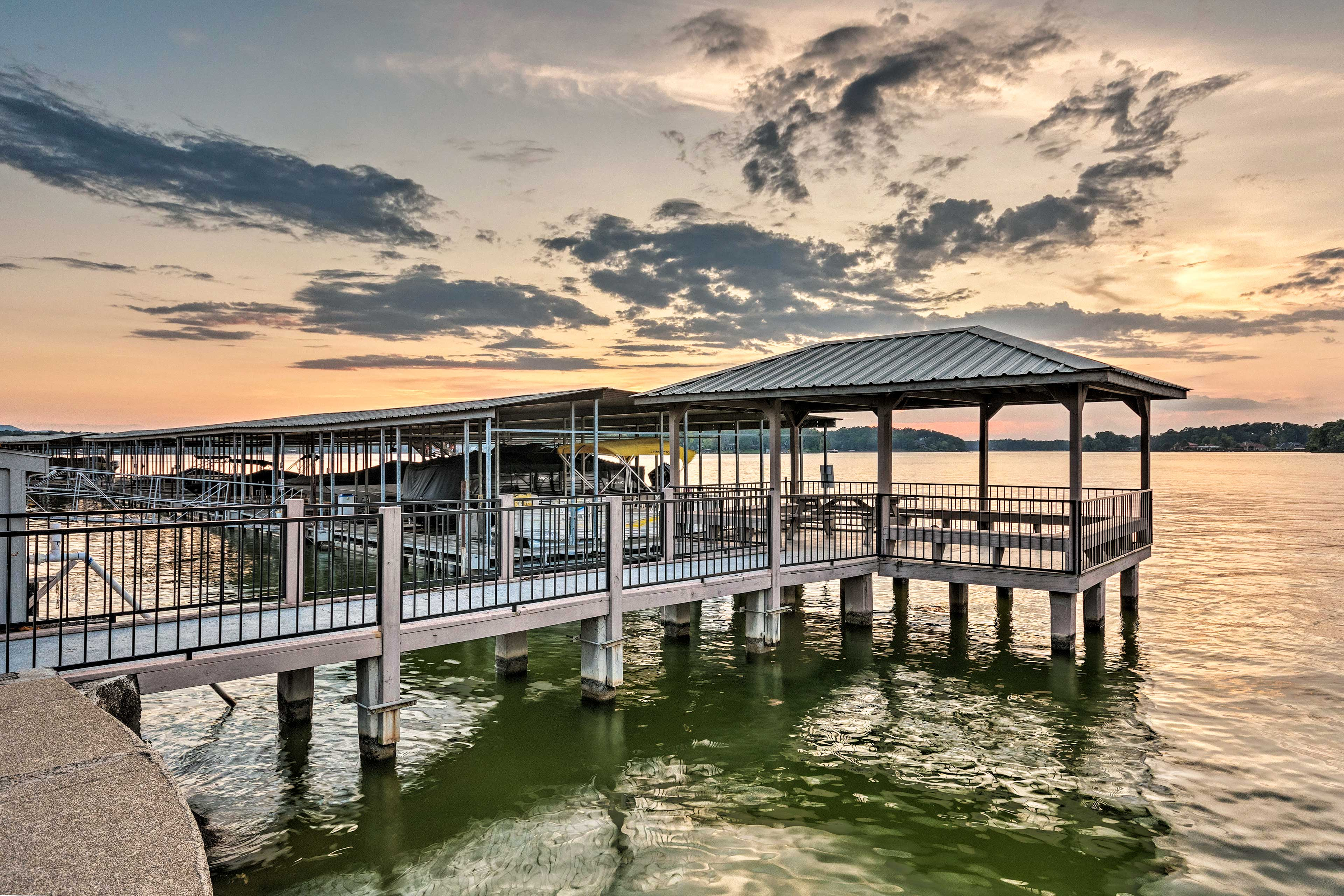 Book a trip to this lakefront vacation rental condo in Hot Springs.