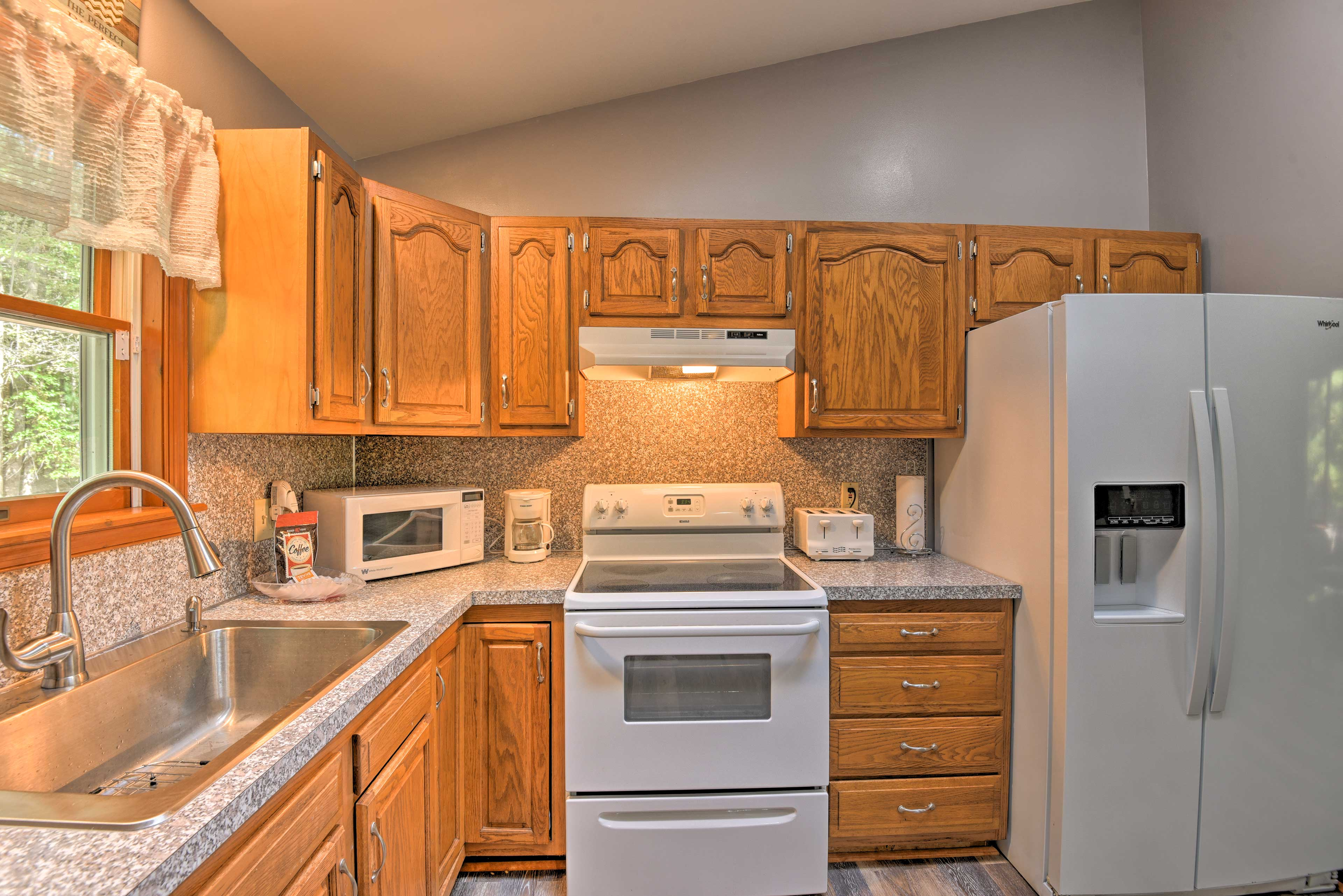 Make your meals in the fully equipped kitchen.