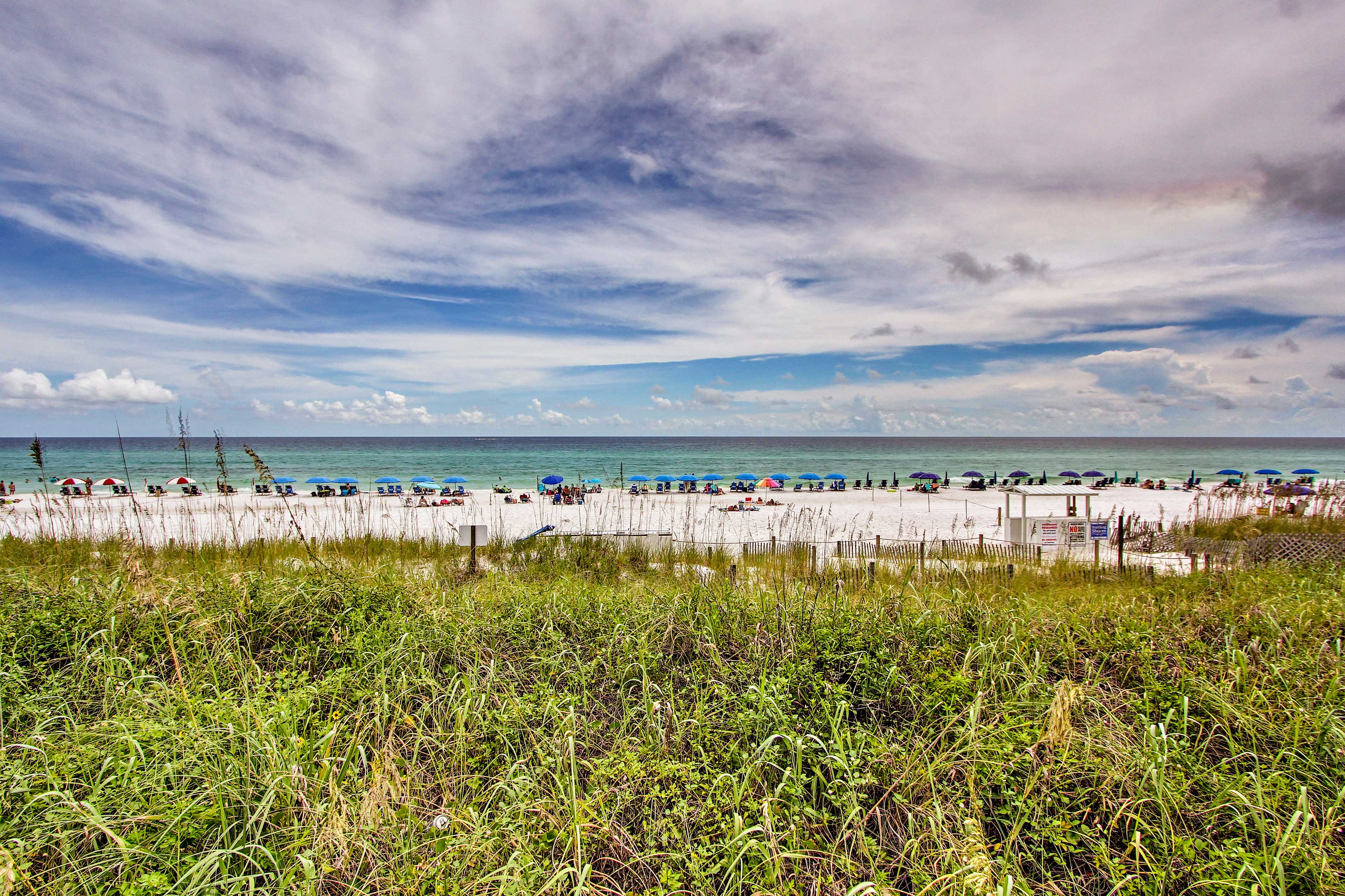 This beachfront complex is just a short walk to the Gulf of Mexico.