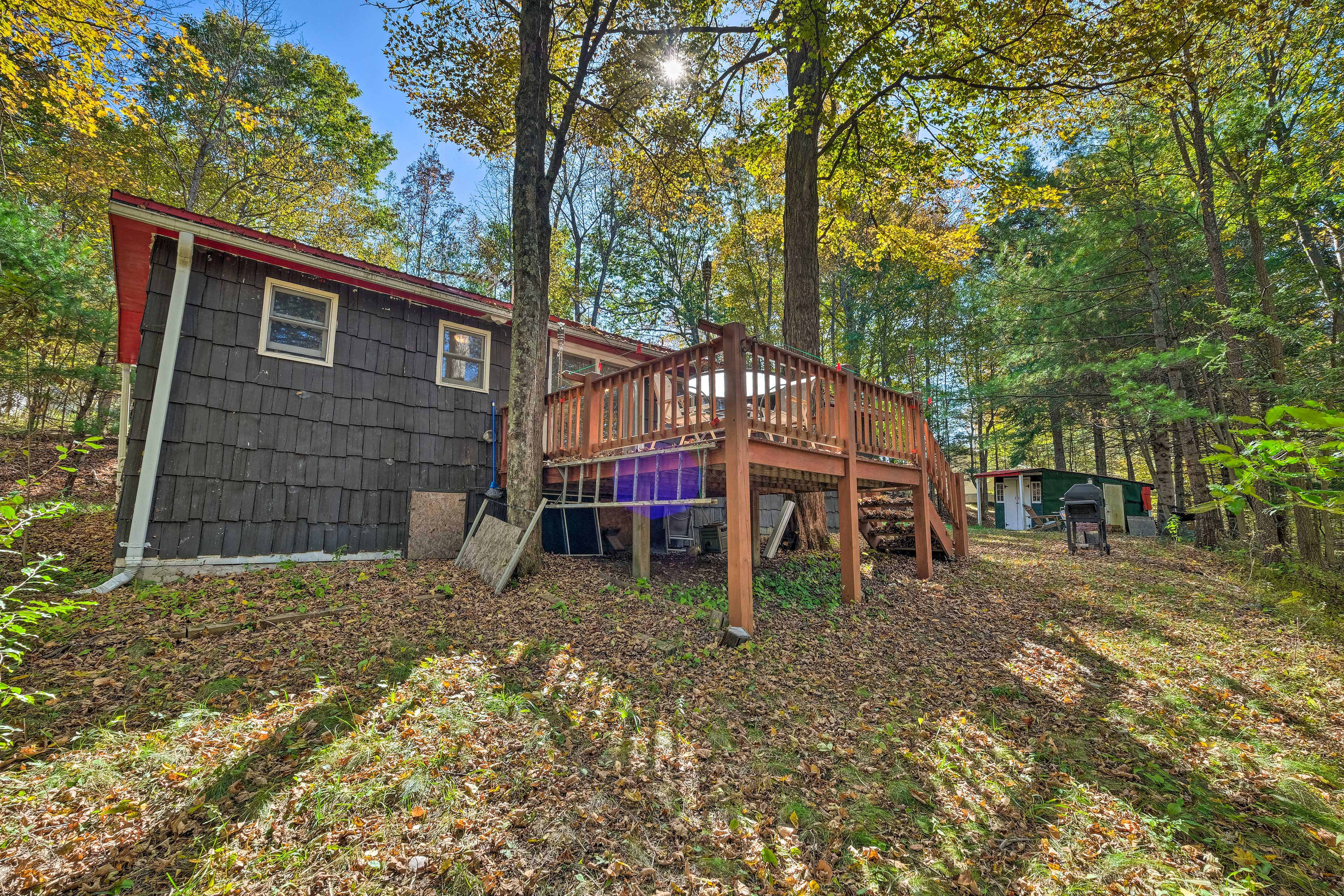 This property is minutes from the best of the Catskills.