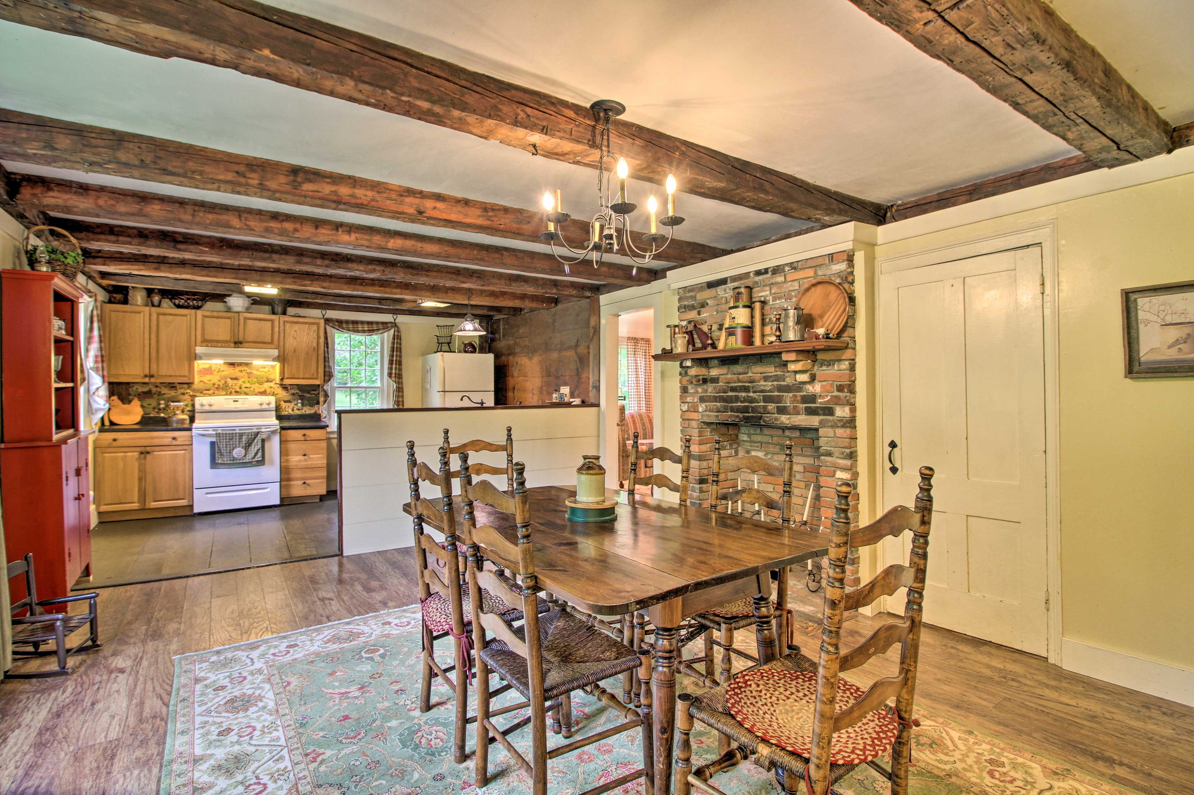This vacation rental features 4 bedrooms, 1 bathroom and accommodations for 8.