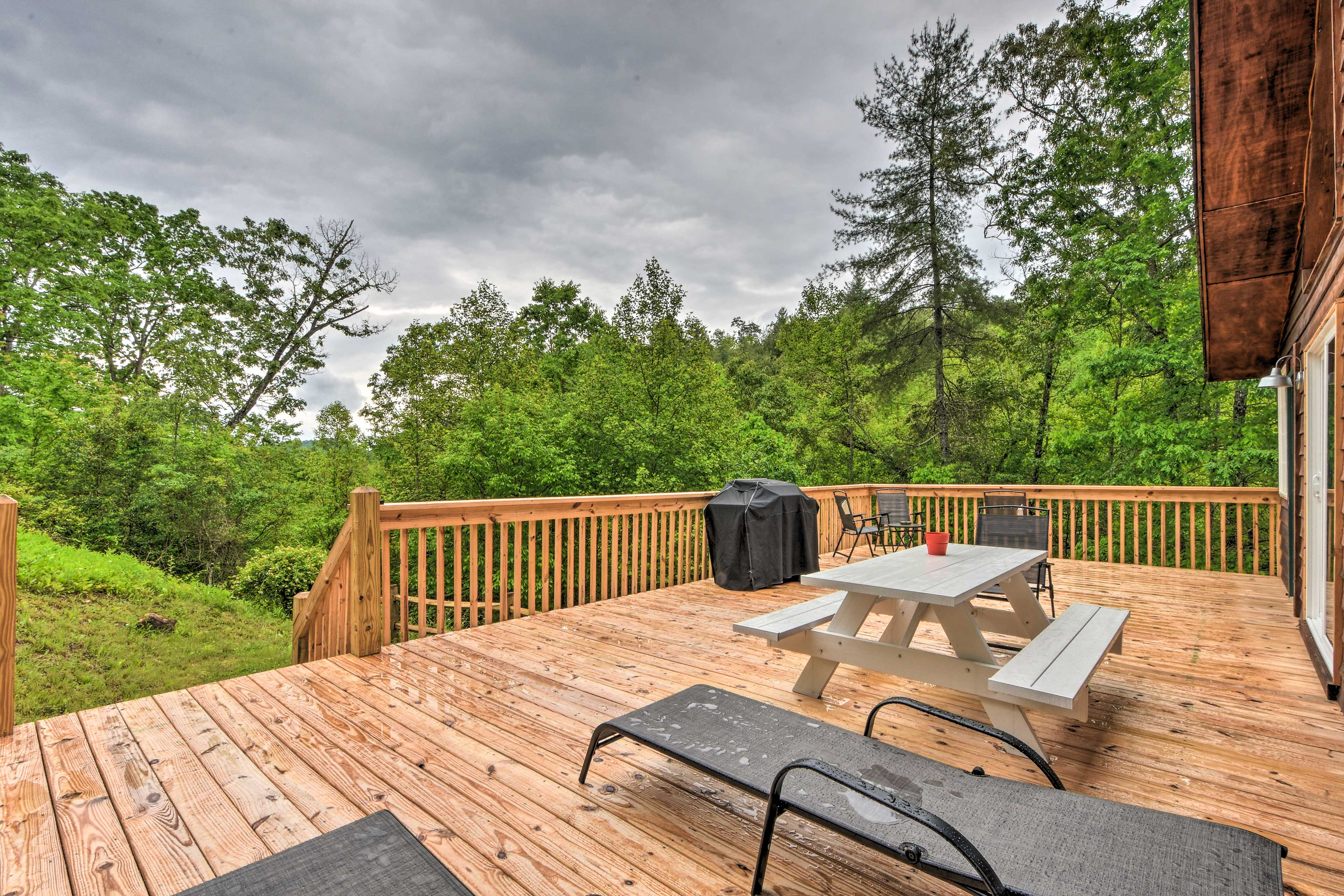 The expansive forest views will never tire from the deck!