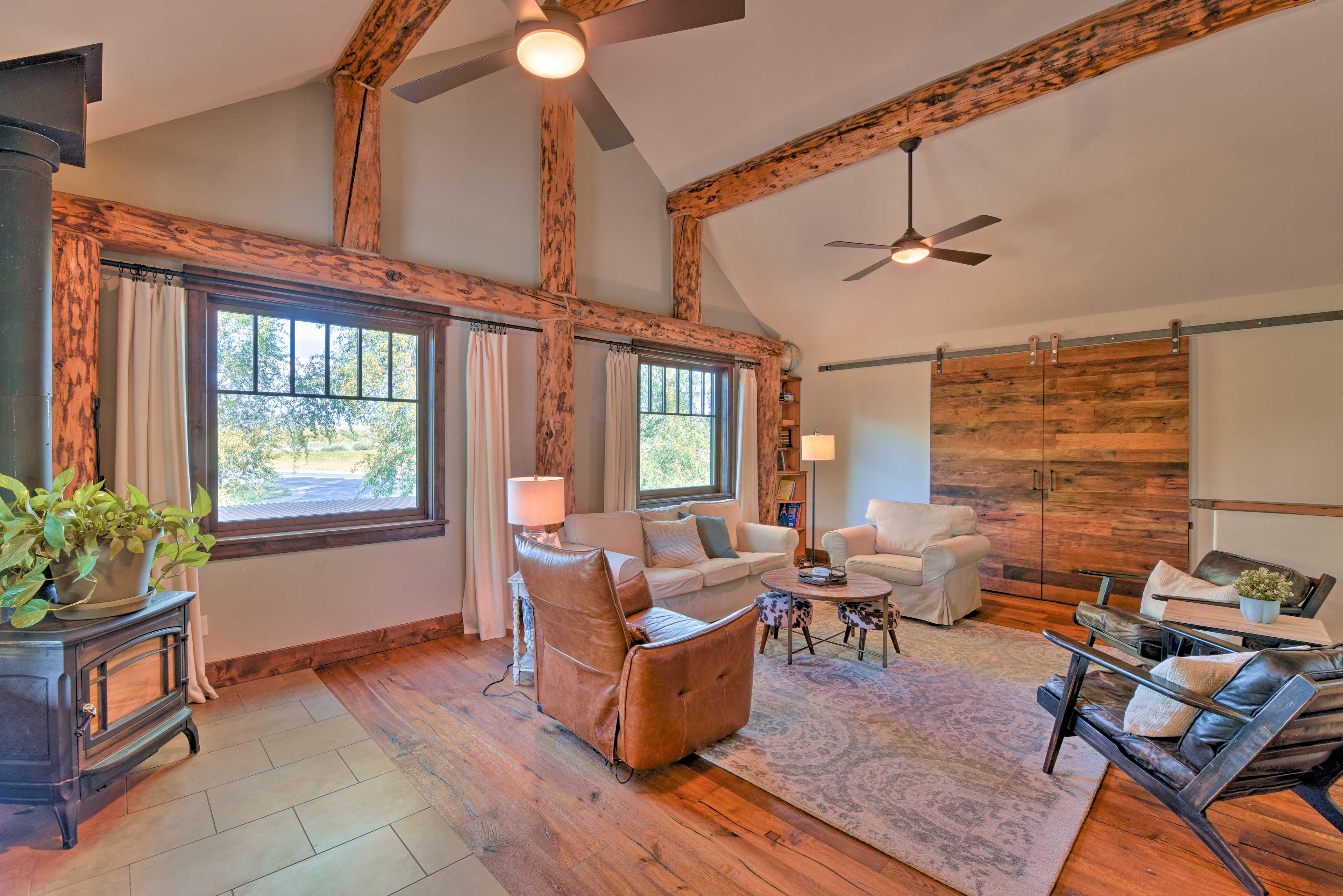 Living Room | Ceiling Fans | Sliding Barn Doors