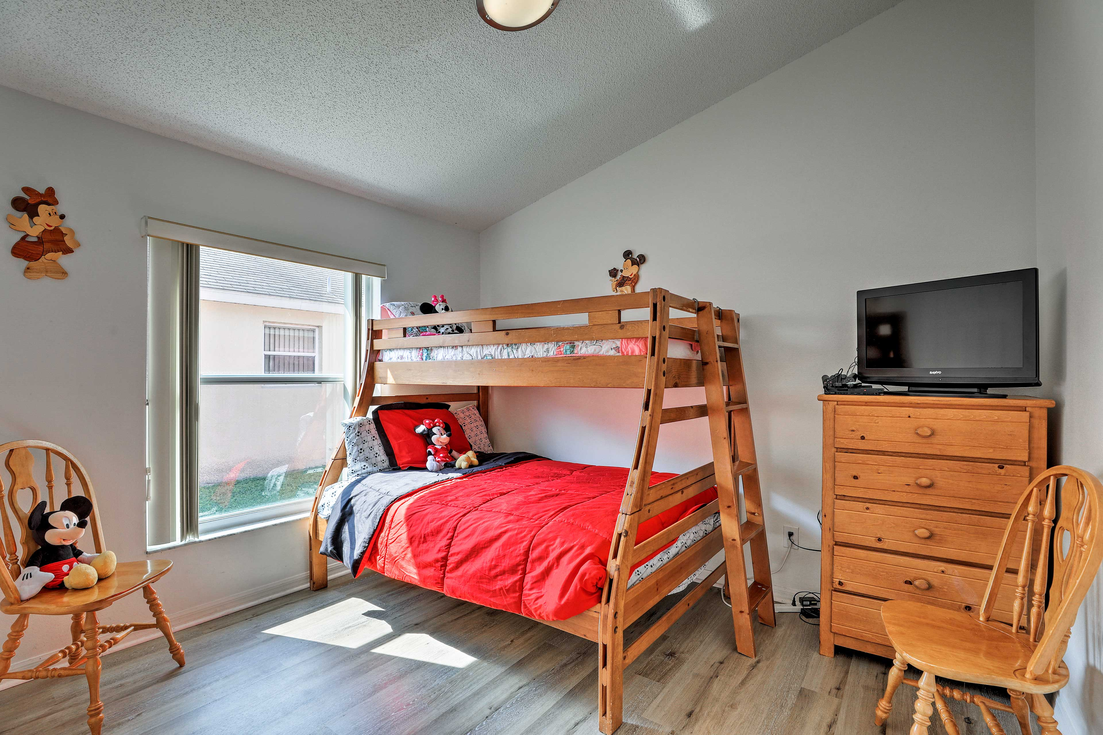Bedroom 4 features a comfortable twin/full bunk bed!