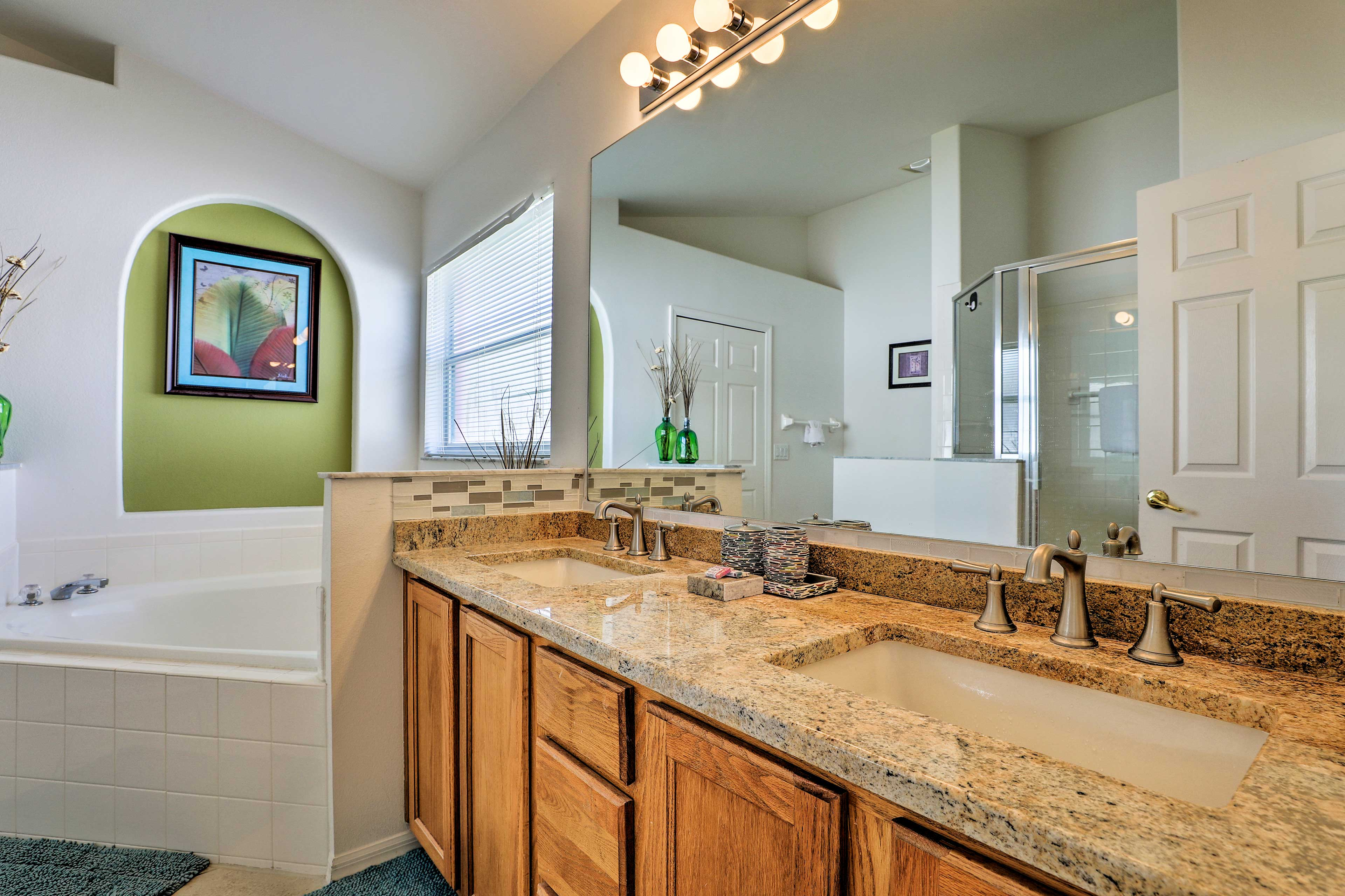 There is room for 2 to get ready in this bathroom!