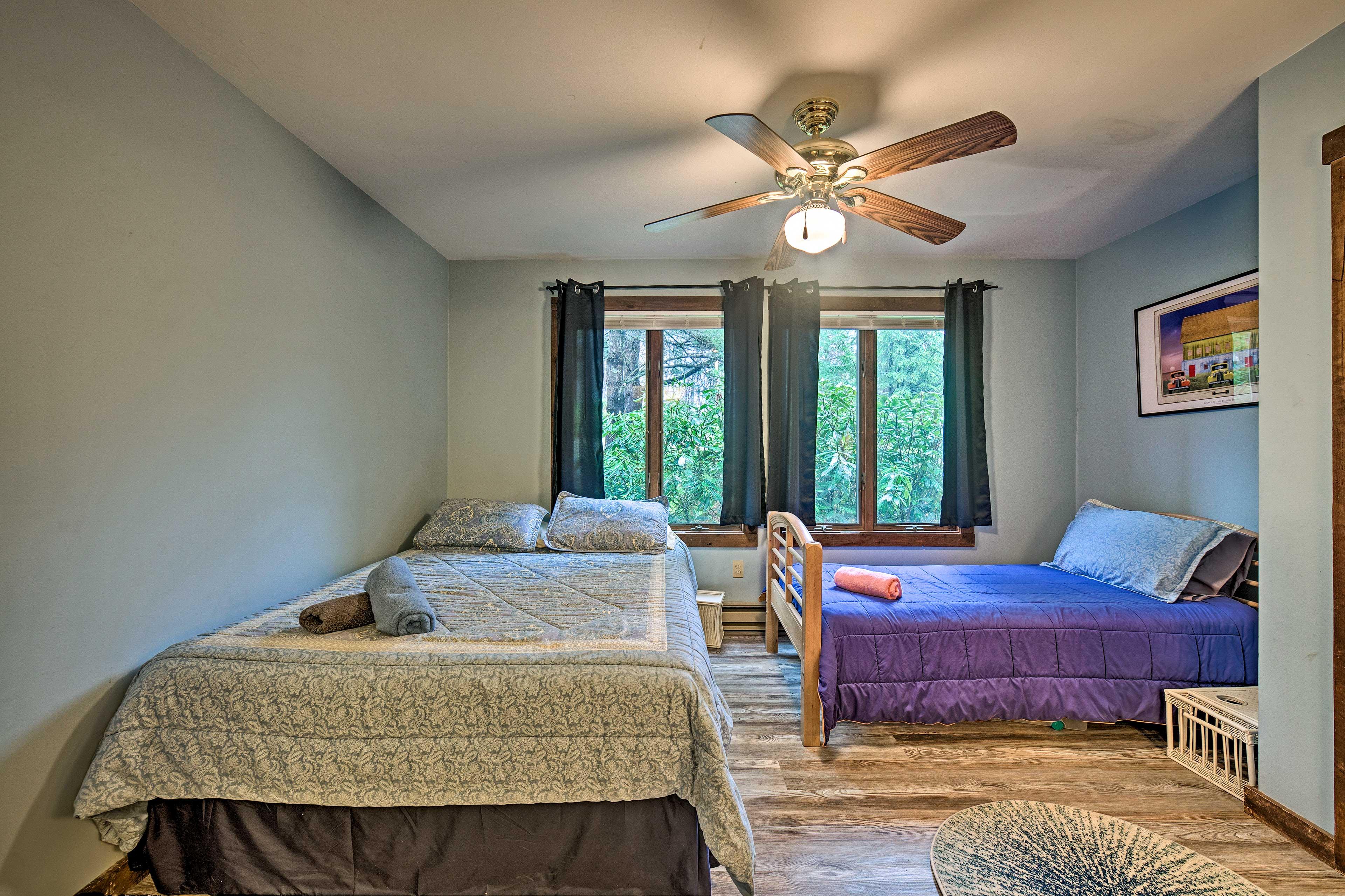 Bedroom 1   Queen Bed   Twin Bed   1st Floor