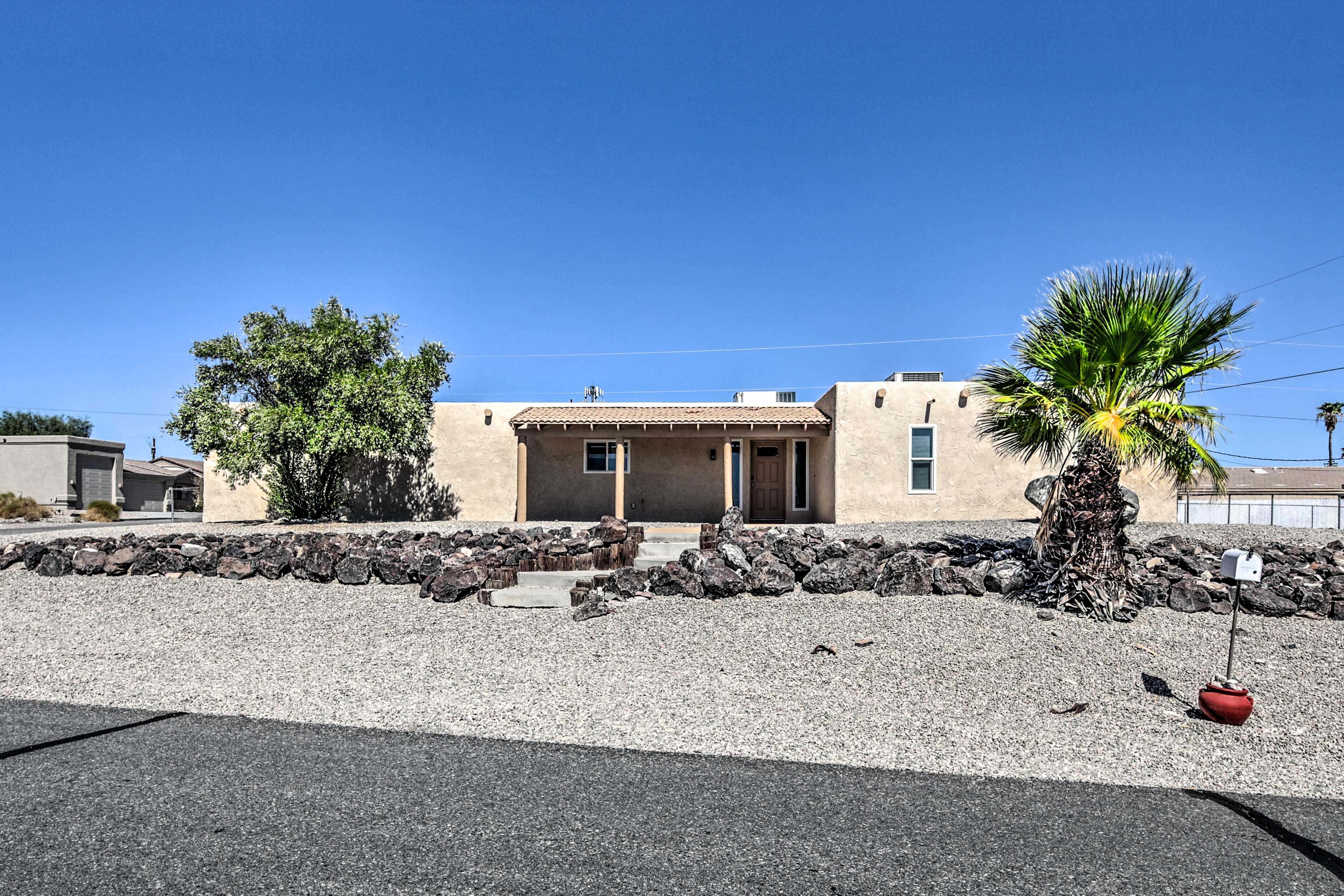 Welcome to your Havasu home-away-from-home.