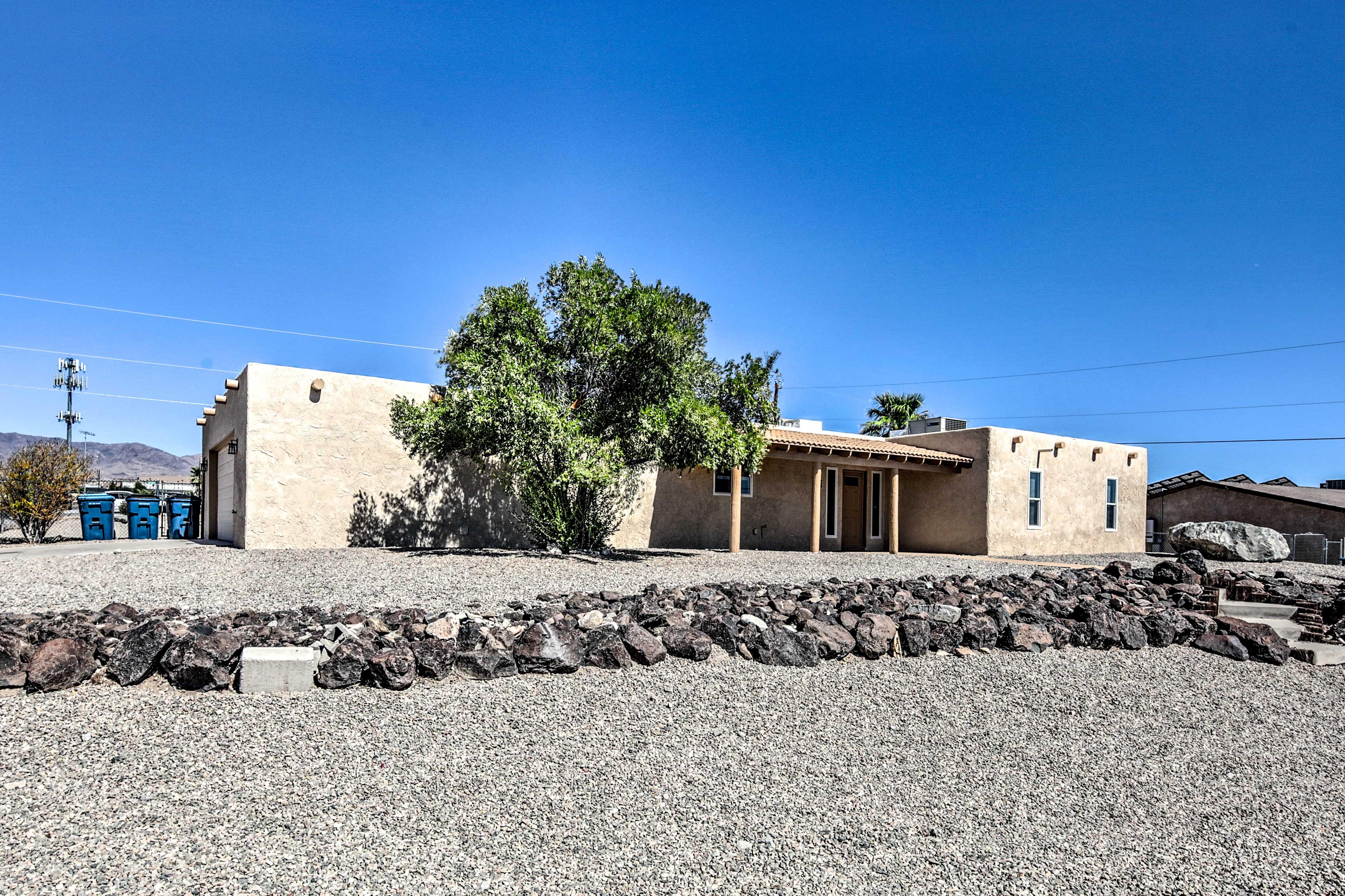 Enjoy a classic Havasu getaway at this vacation rental house!
