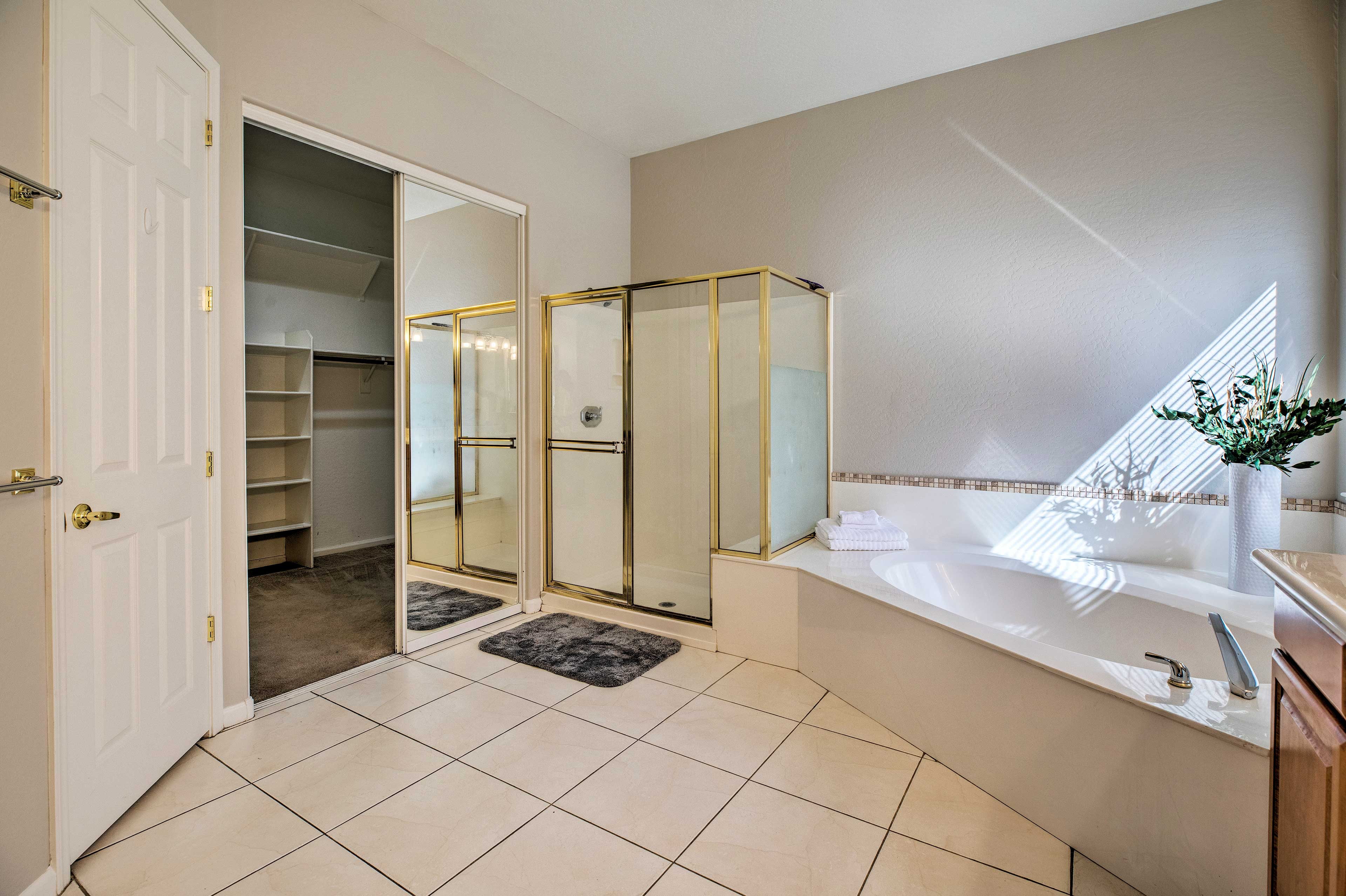 There's also a spacious walk-in closet.