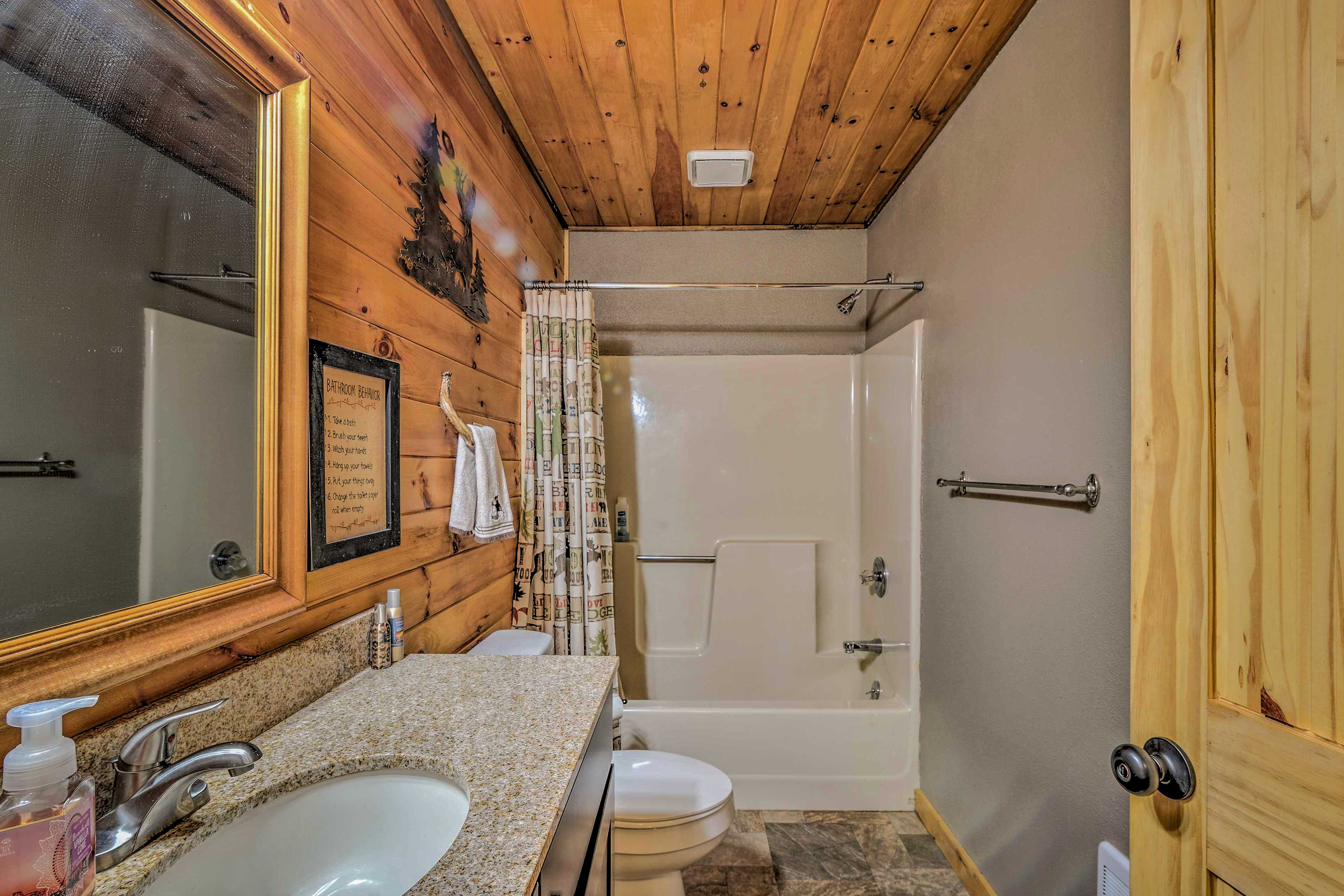 After a day on the trails, rinse off in the shower/tub combo.
