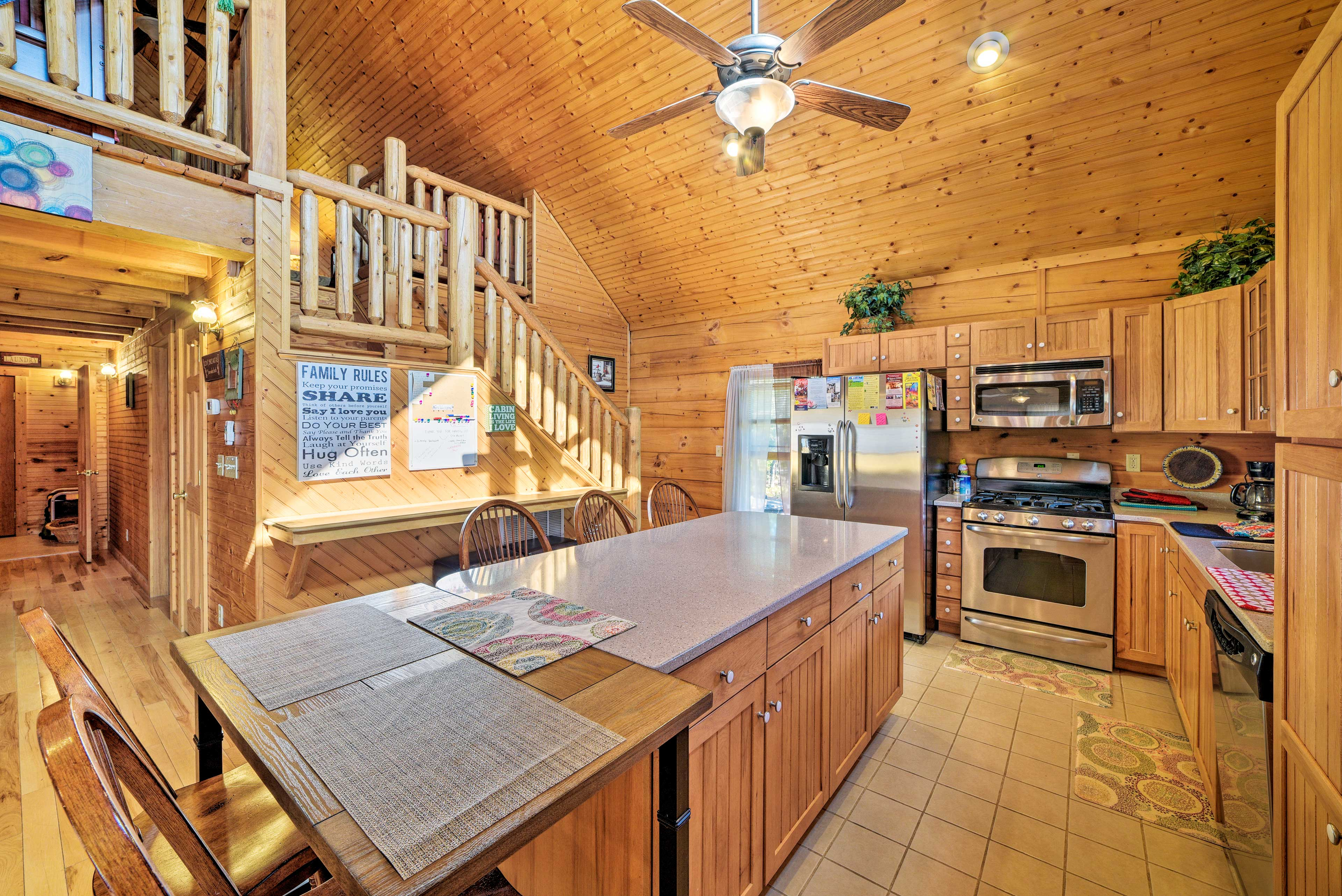 Enjoy a meal at the kitchen island or kitchen table for 2.