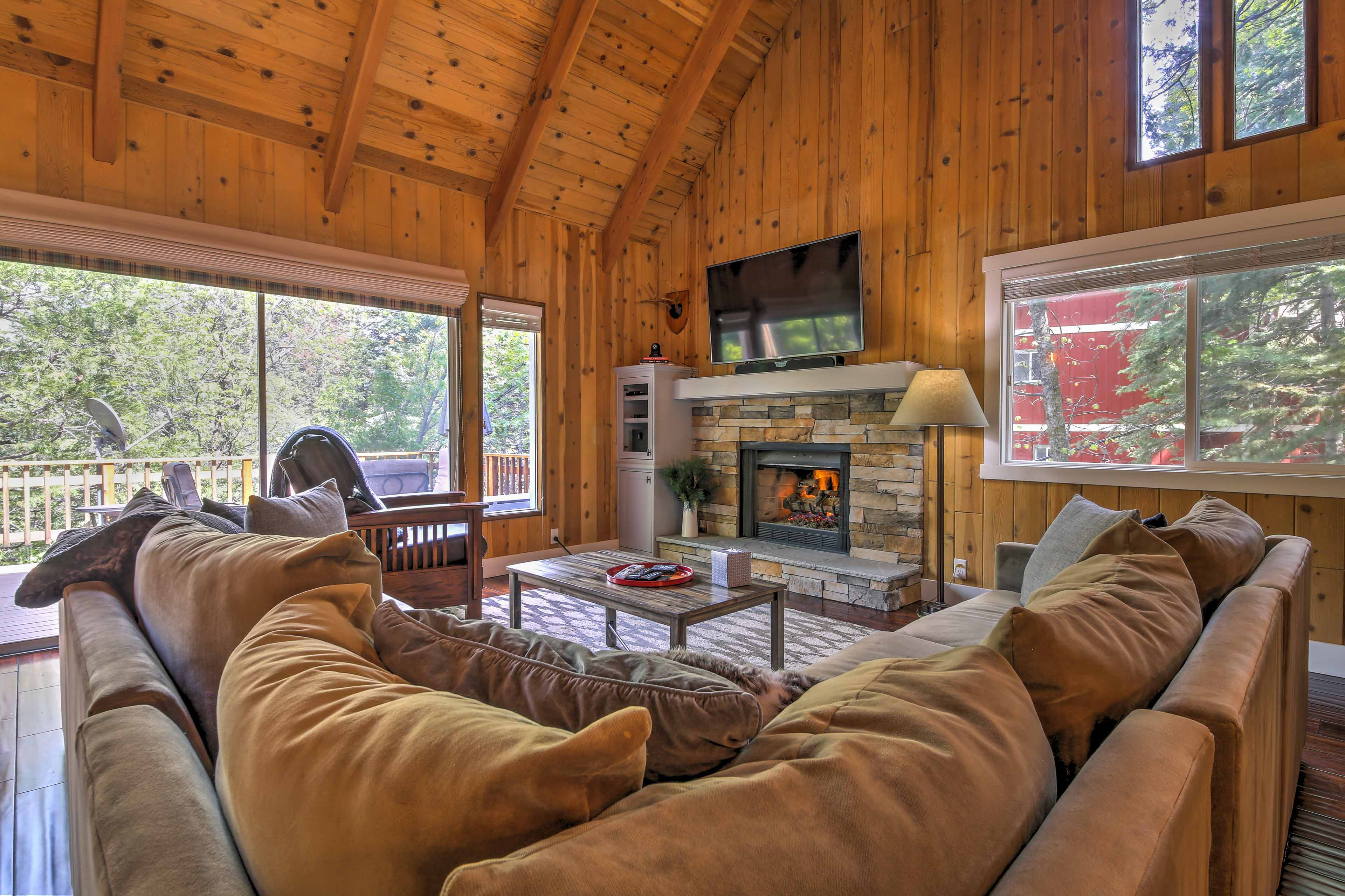 Book your Lake Arrowhead escape to this rustic-yet-polished home!