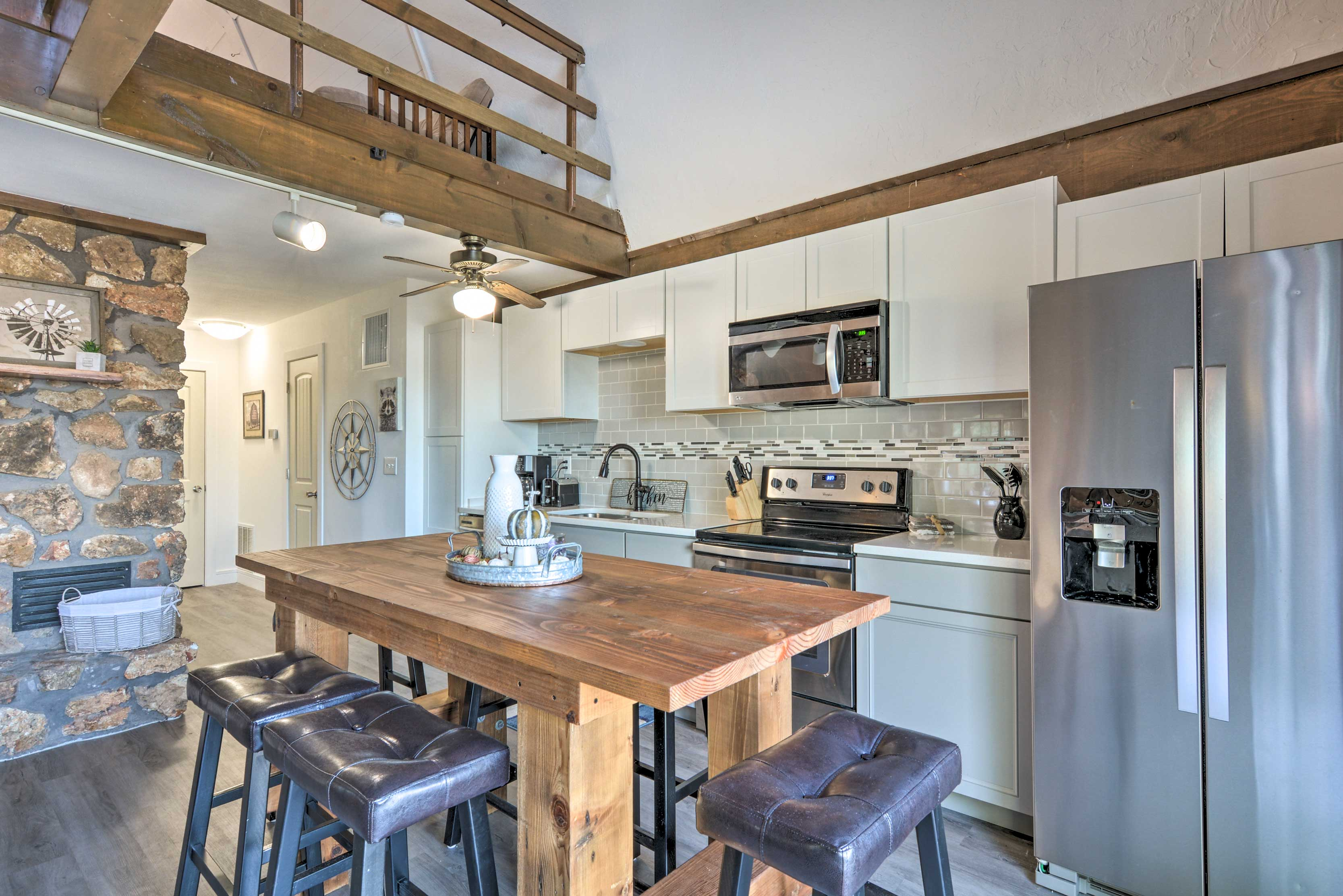 Dining Table | Fully Equipped Kitchen